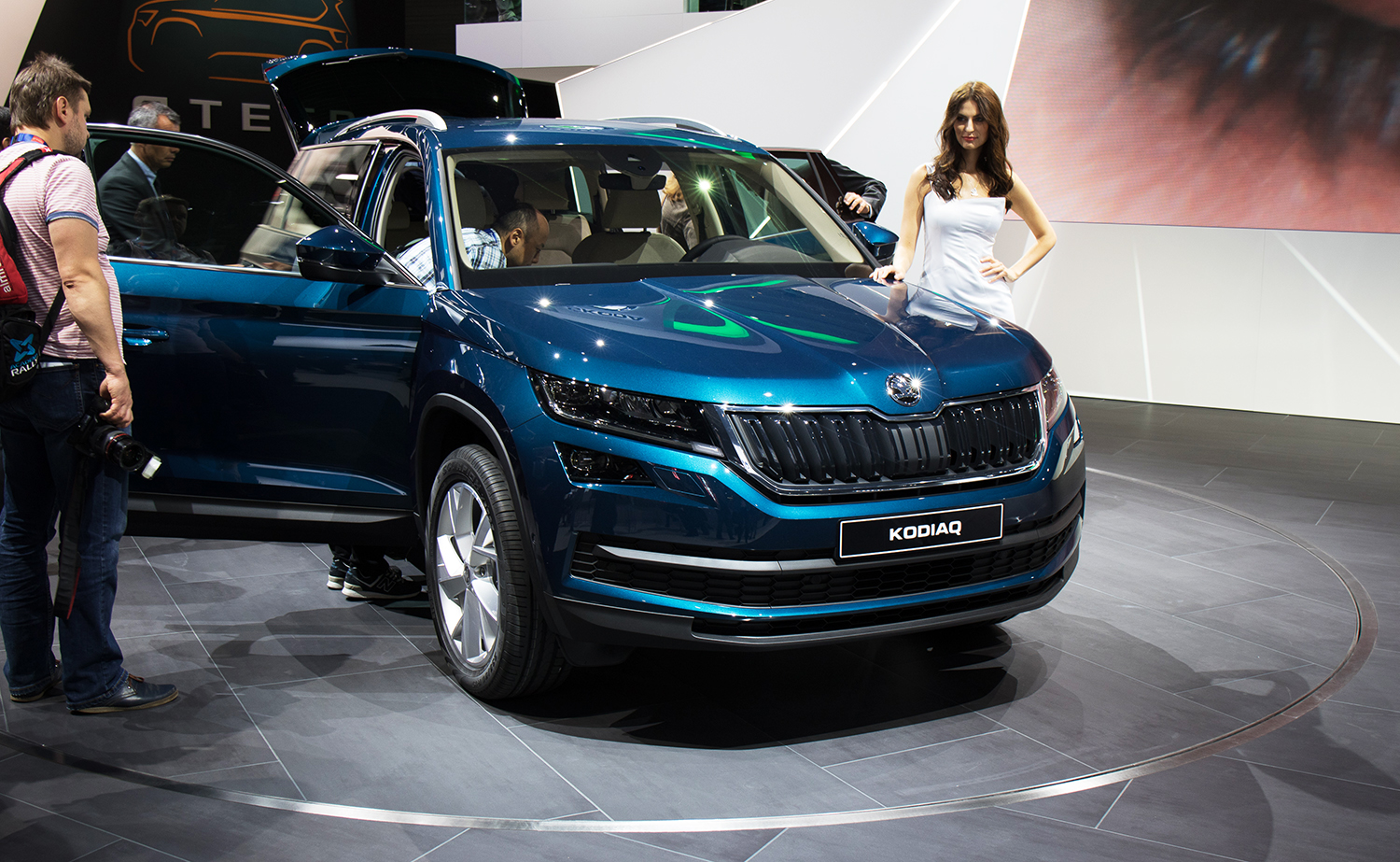 2017 skoda kodiaq seven seat suv revealed australian launch due next year photos caradvice. Black Bedroom Furniture Sets. Home Design Ideas