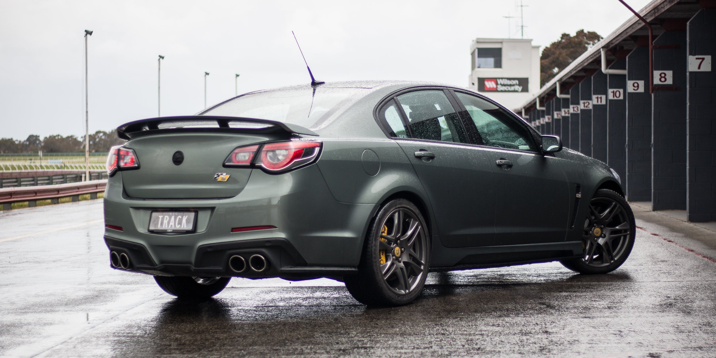 2016 hsv clubsport r8 track edition review caradvice