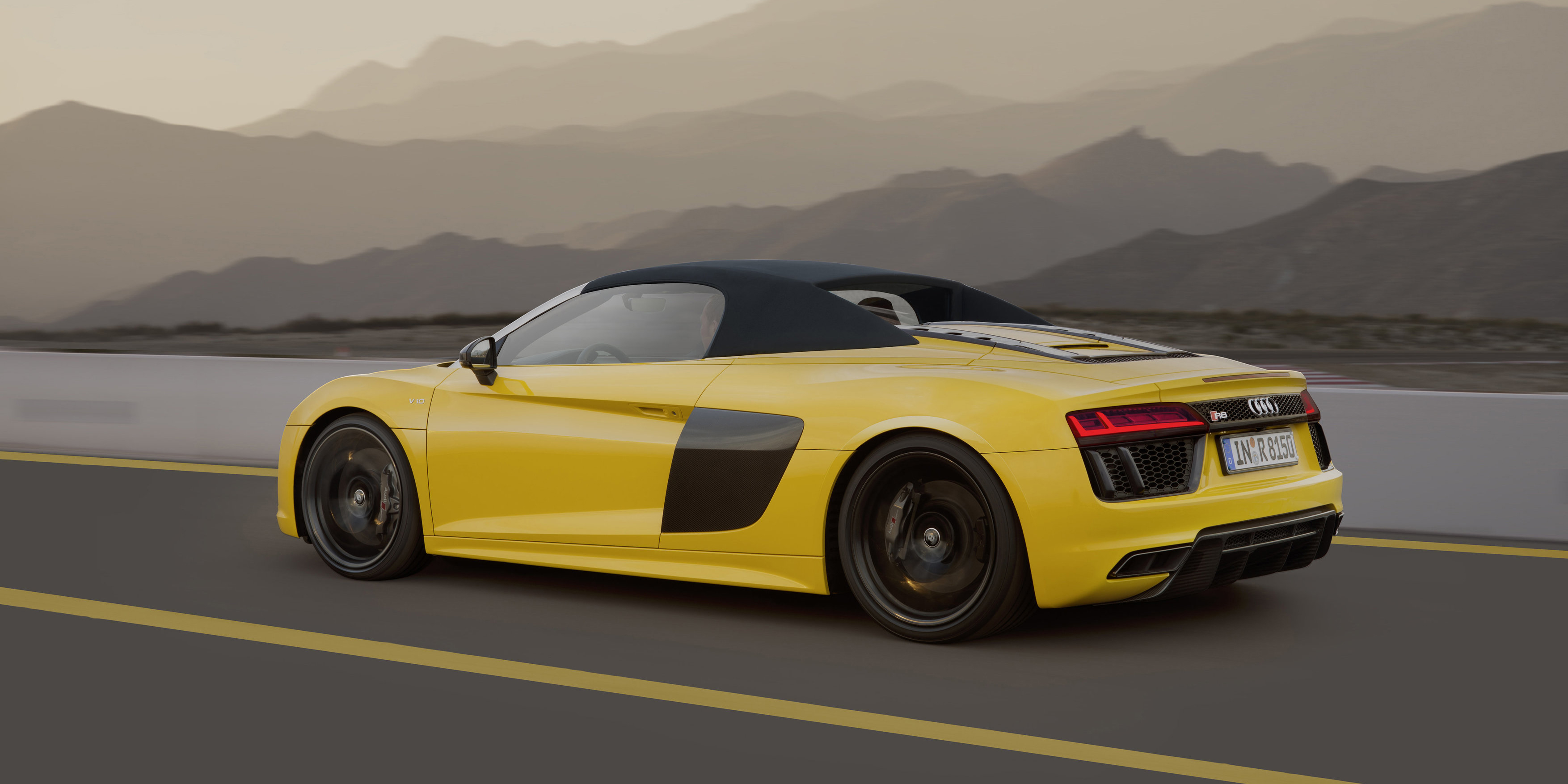 2017 Audi R8 Spyder Review - photos | CarAdvice