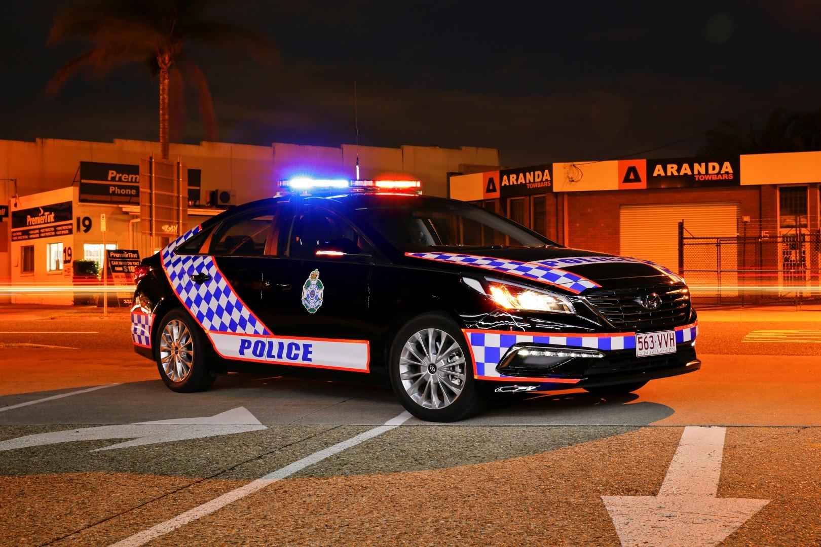 Hyundai Sonata Police Car >> 2018 Holden Commodore to be police ready - photos | CarAdvice