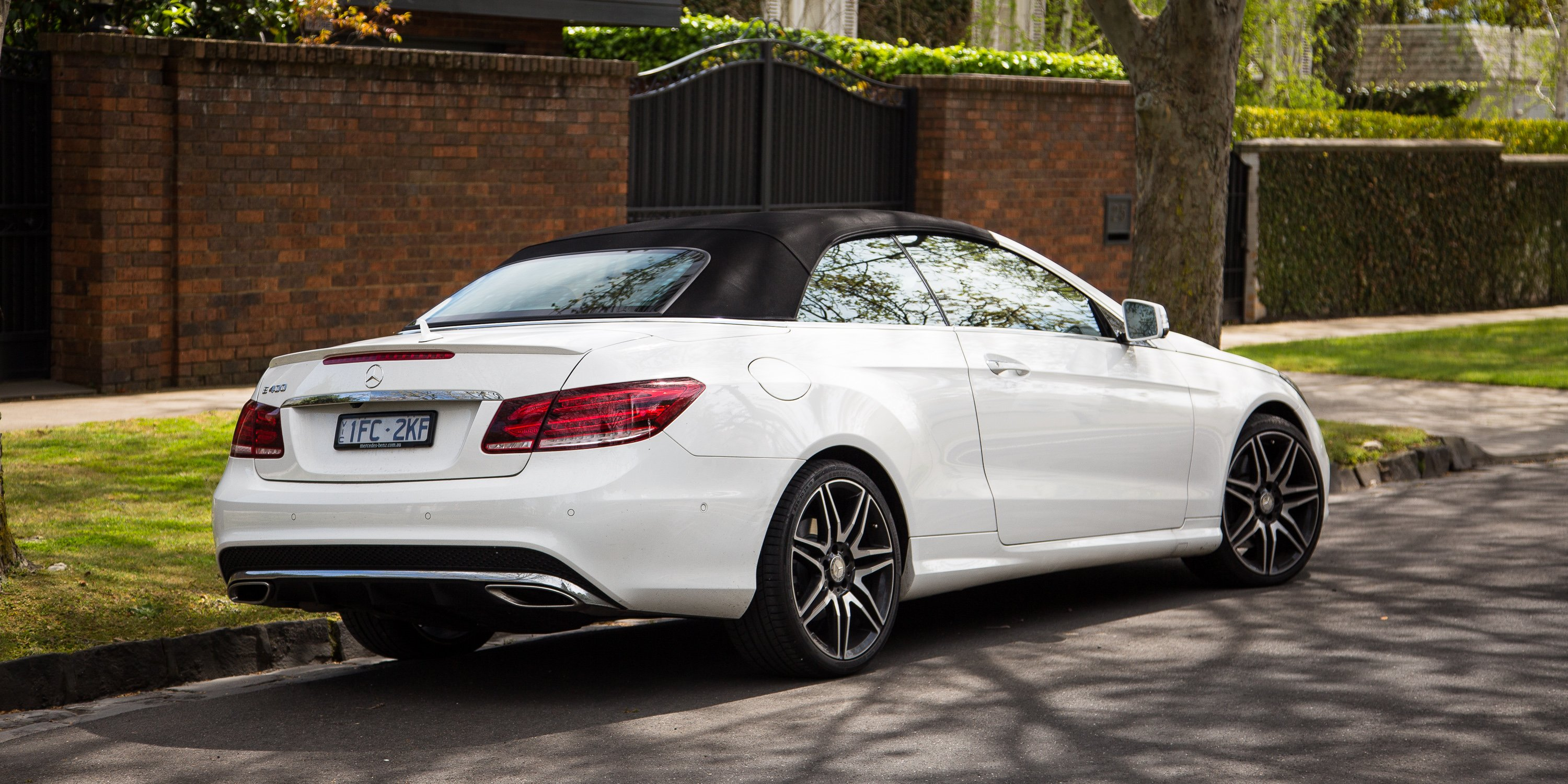 2016 mercedes benz e400 cabriolet review photos caradvice for Mercedes benz e350 cabriolet