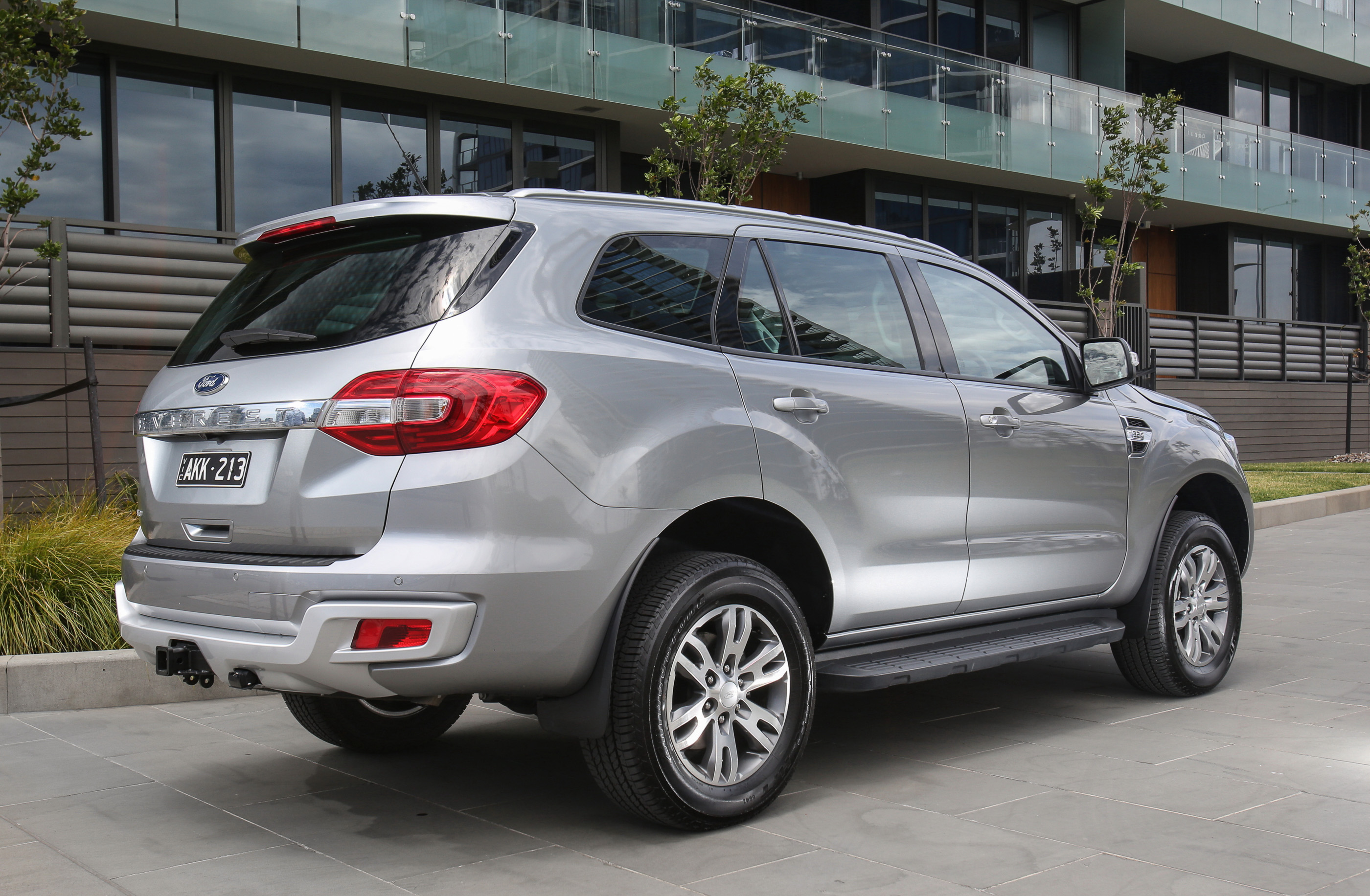 2017 Ford Everest Trend Rwd Review Photos Caradvice