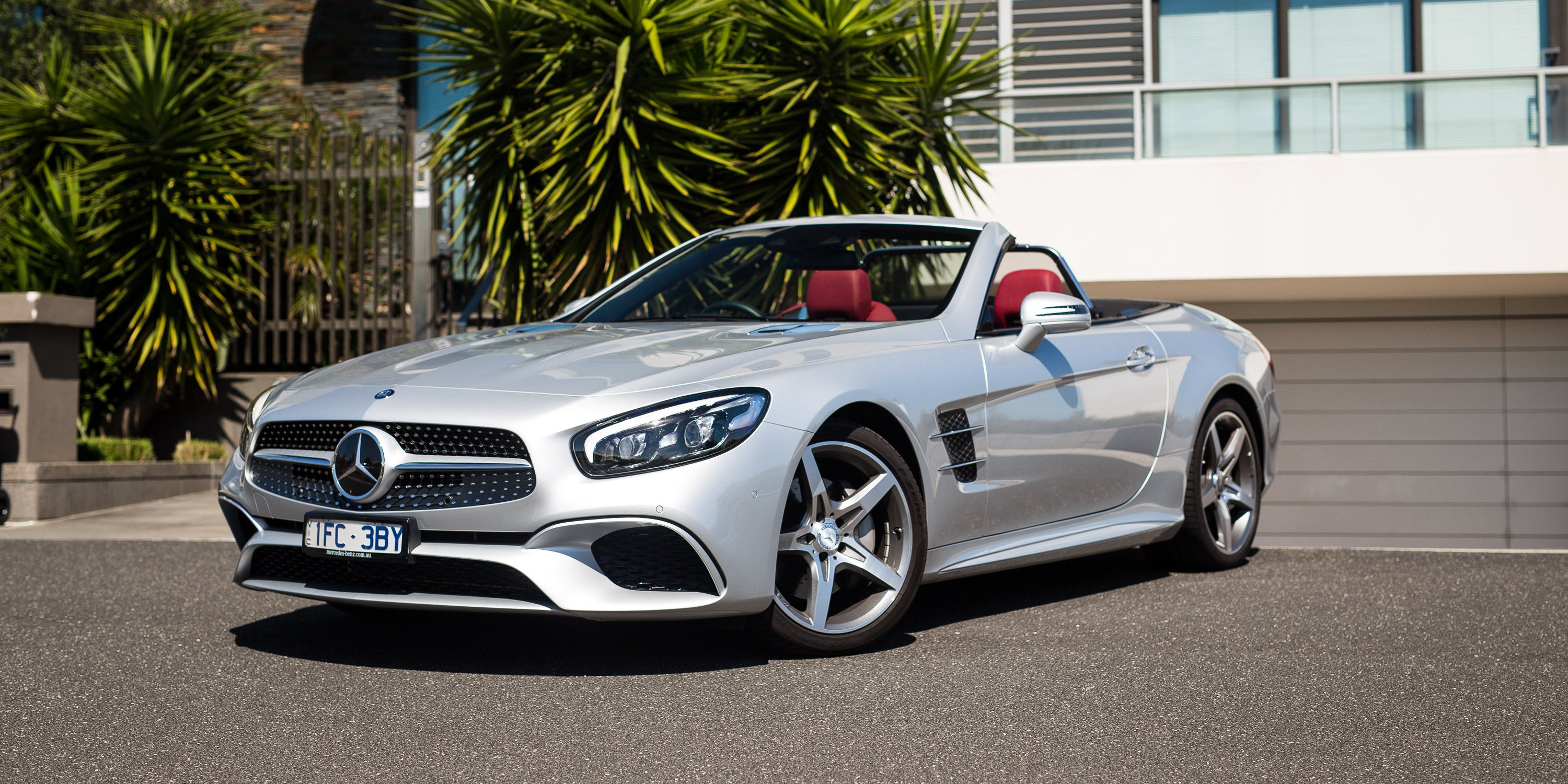 2017 mercedes benz sl400 review photos caradvice for Mercedes benz hybrid cars