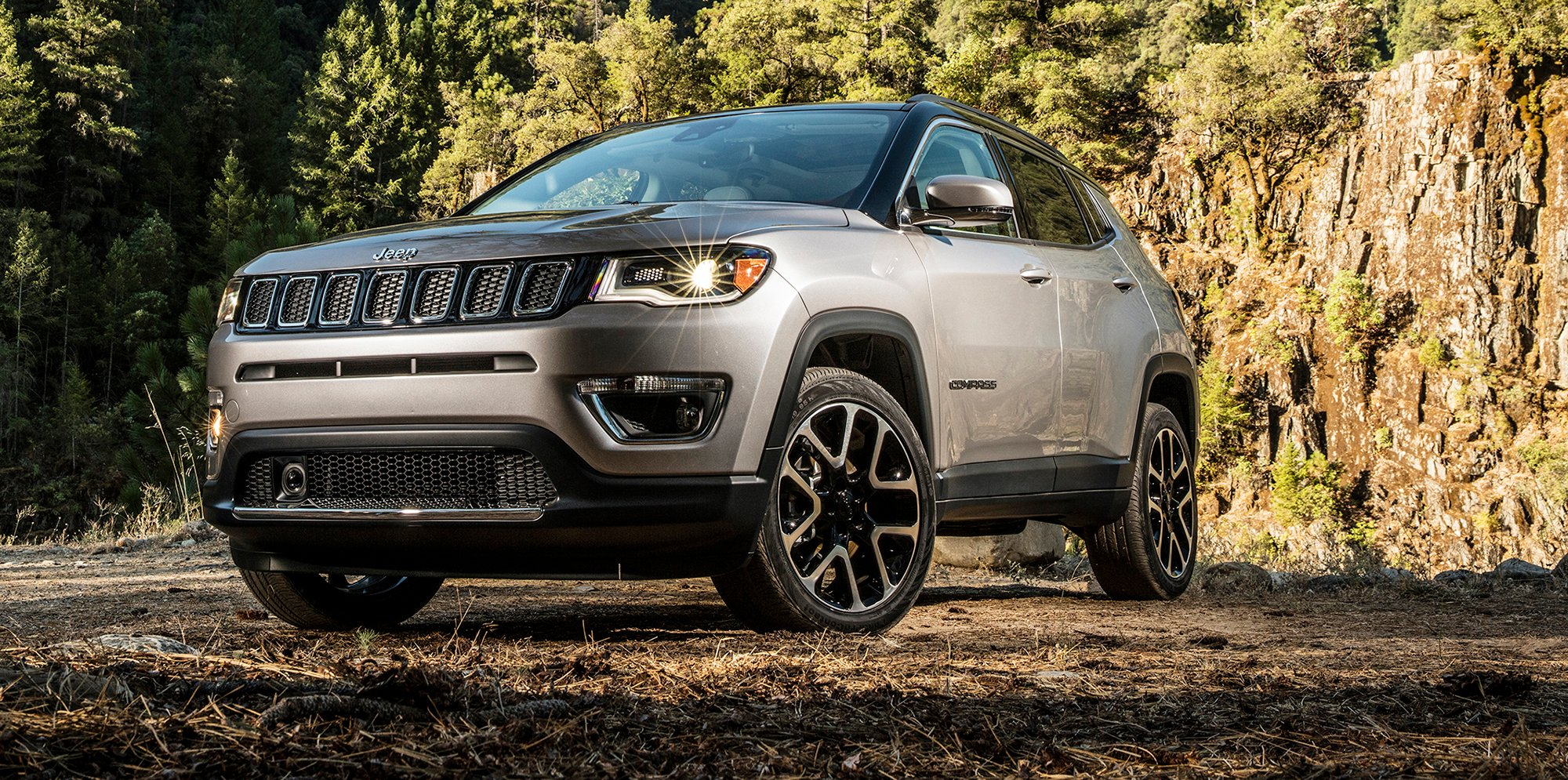 2018 jeep compass unveiled at la motor show here next - 2016 jeep compass interior lights ...