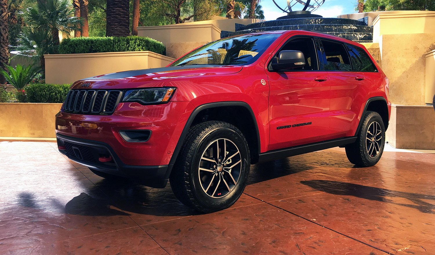 2017 Jeep Grand Cherokee Trailhawk: Diesel engine for ...