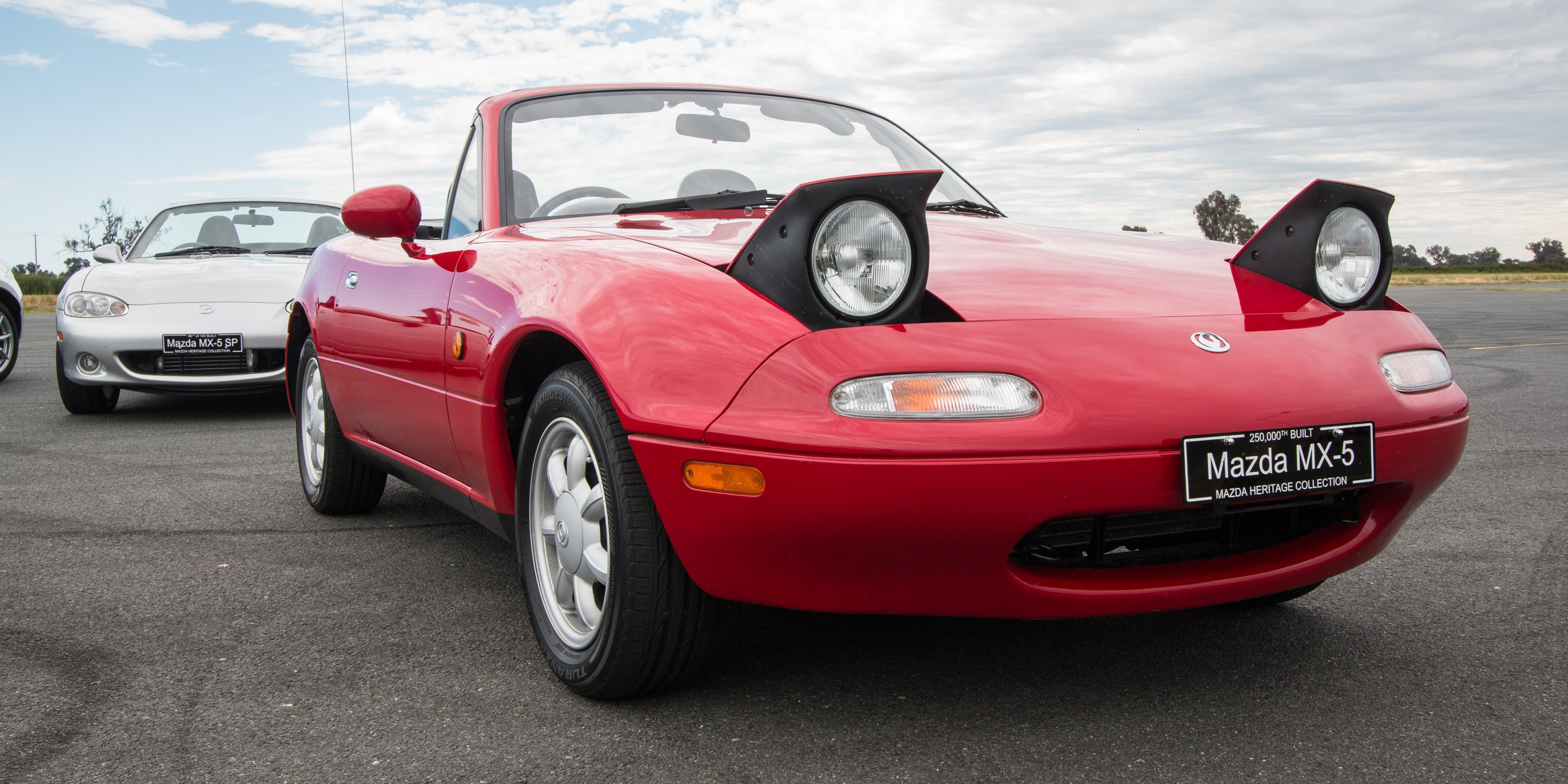 mazda mx 5 generations we drive every generation from na. Black Bedroom Furniture Sets. Home Design Ideas