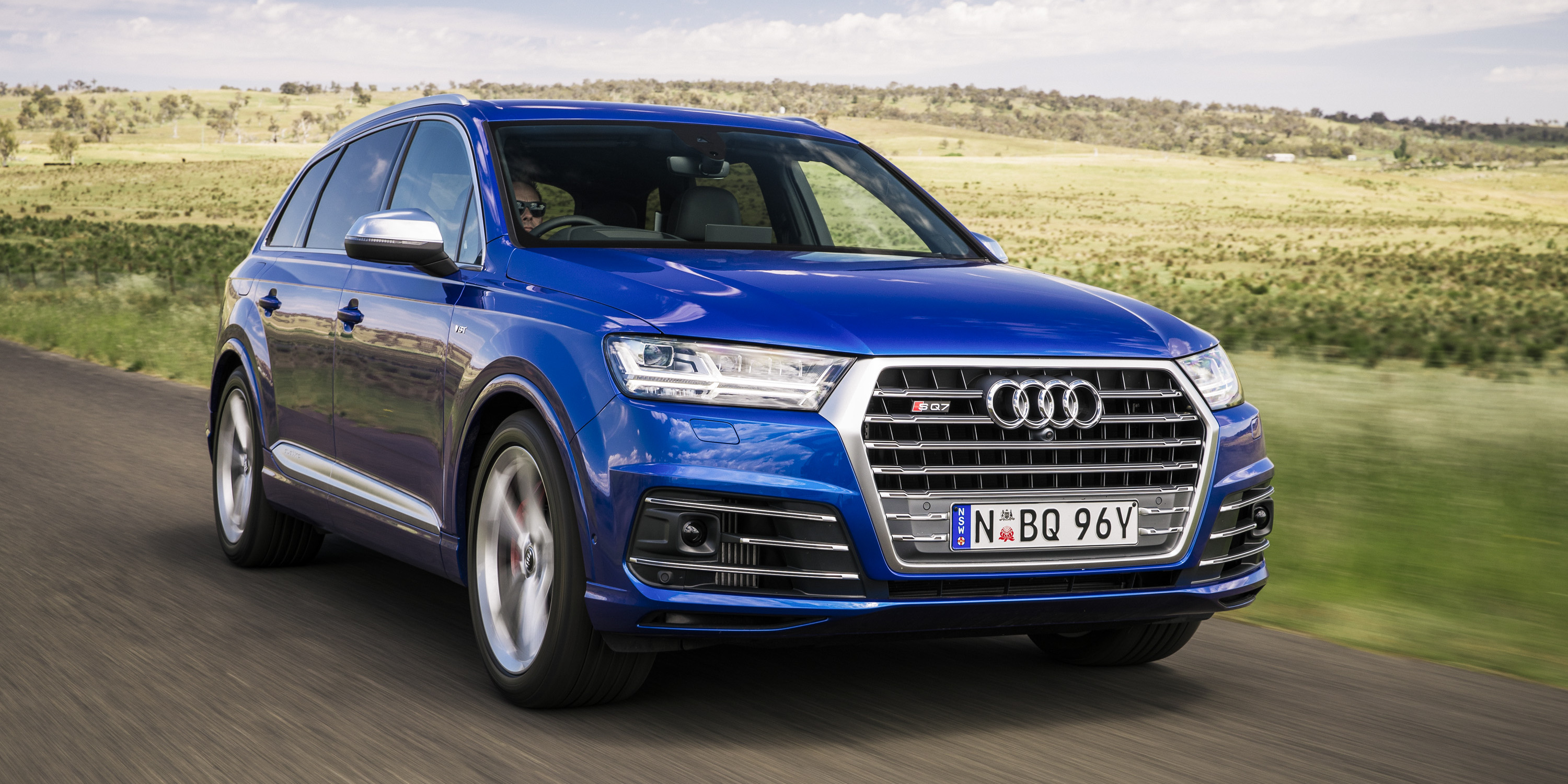 2017 audi sq7 tdi pricing and specs photos caradvice. Black Bedroom Furniture Sets. Home Design Ideas