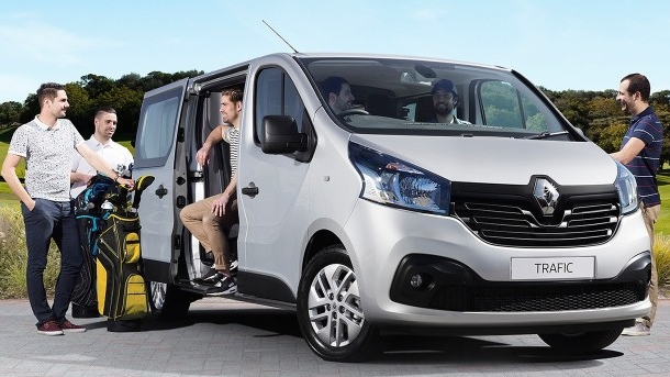 2017 renault trafic crew van added to local range photos caradvice. Black Bedroom Furniture Sets. Home Design Ideas