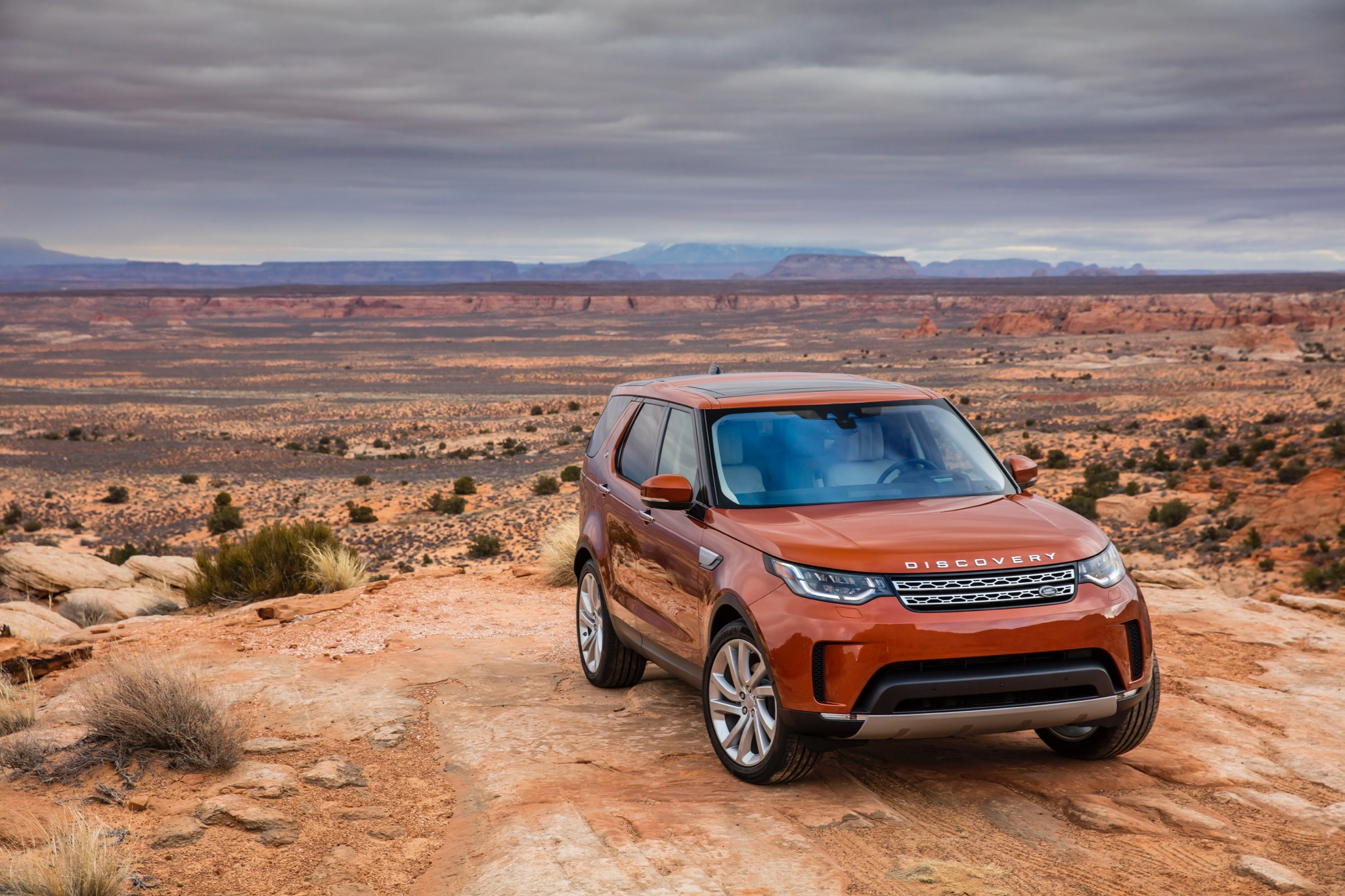 2017 land rover discovery review photos caradvice. Black Bedroom Furniture Sets. Home Design Ideas