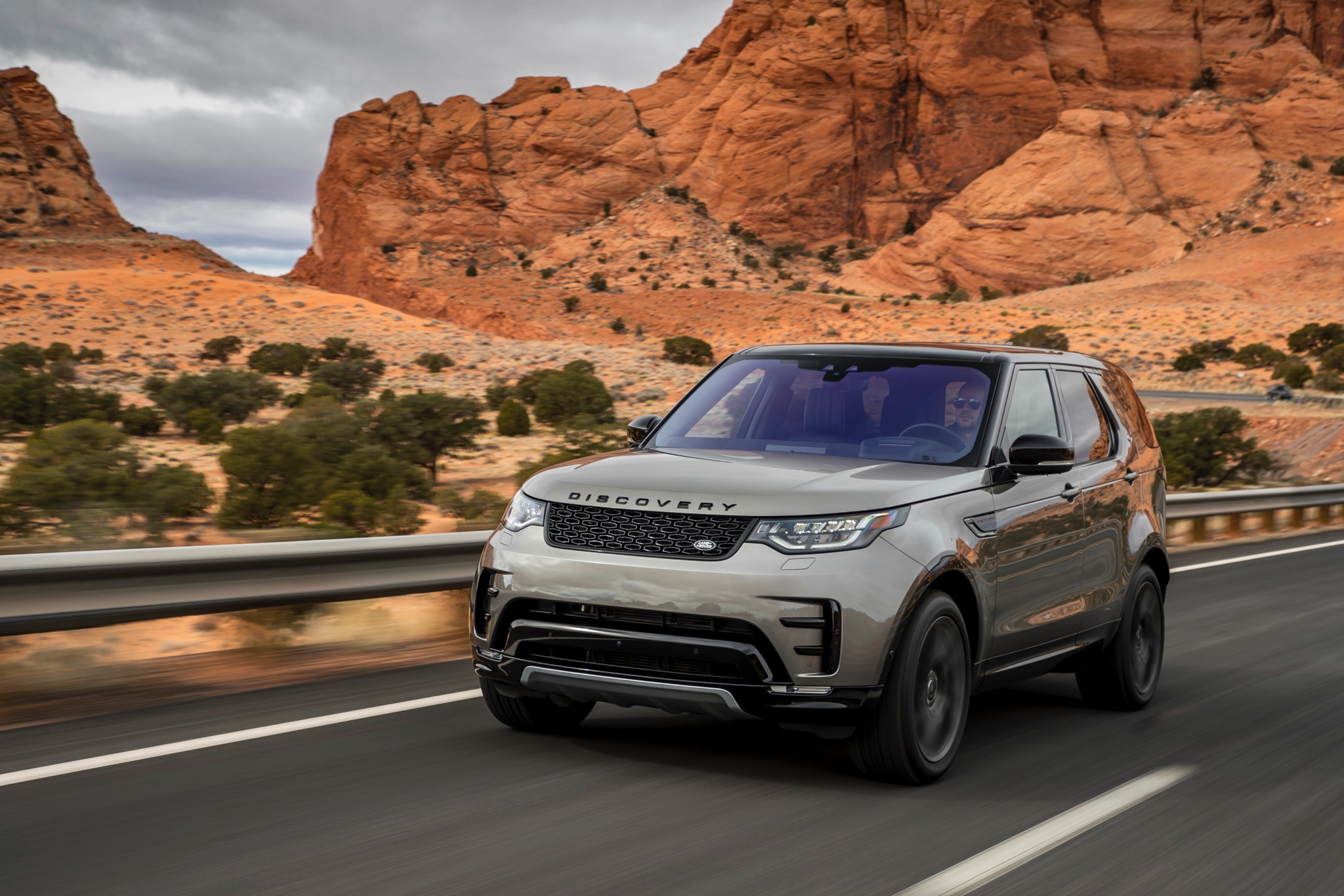 Image Result For  Land Rover Discovery Price And Release Date