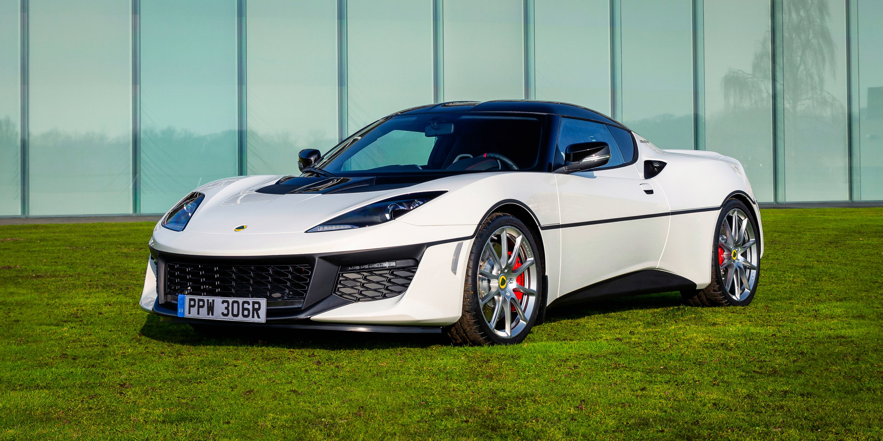 2017 Lotus Evora Sport 410 One Off Special Remembers Iconic James Bond Esprit S1 Photos