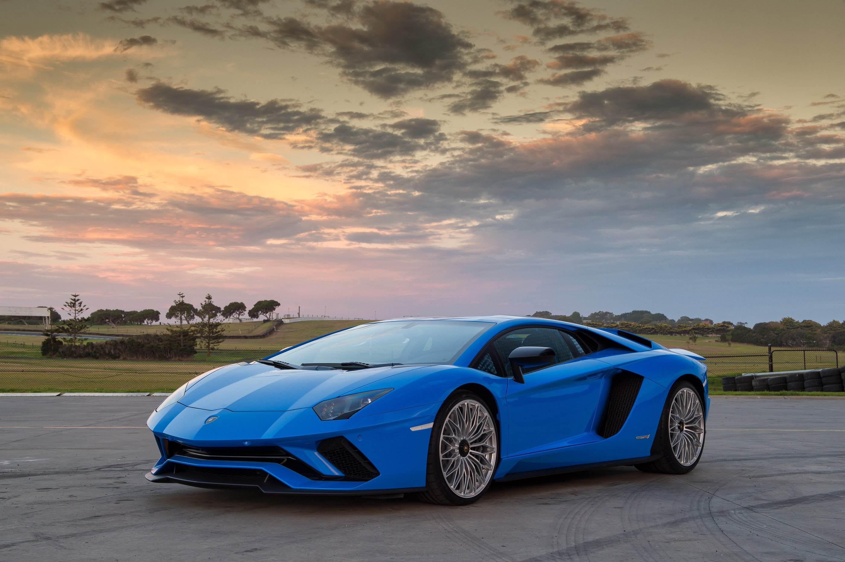 2017 Lamborghini Aventador S review - photos | CarAdvice