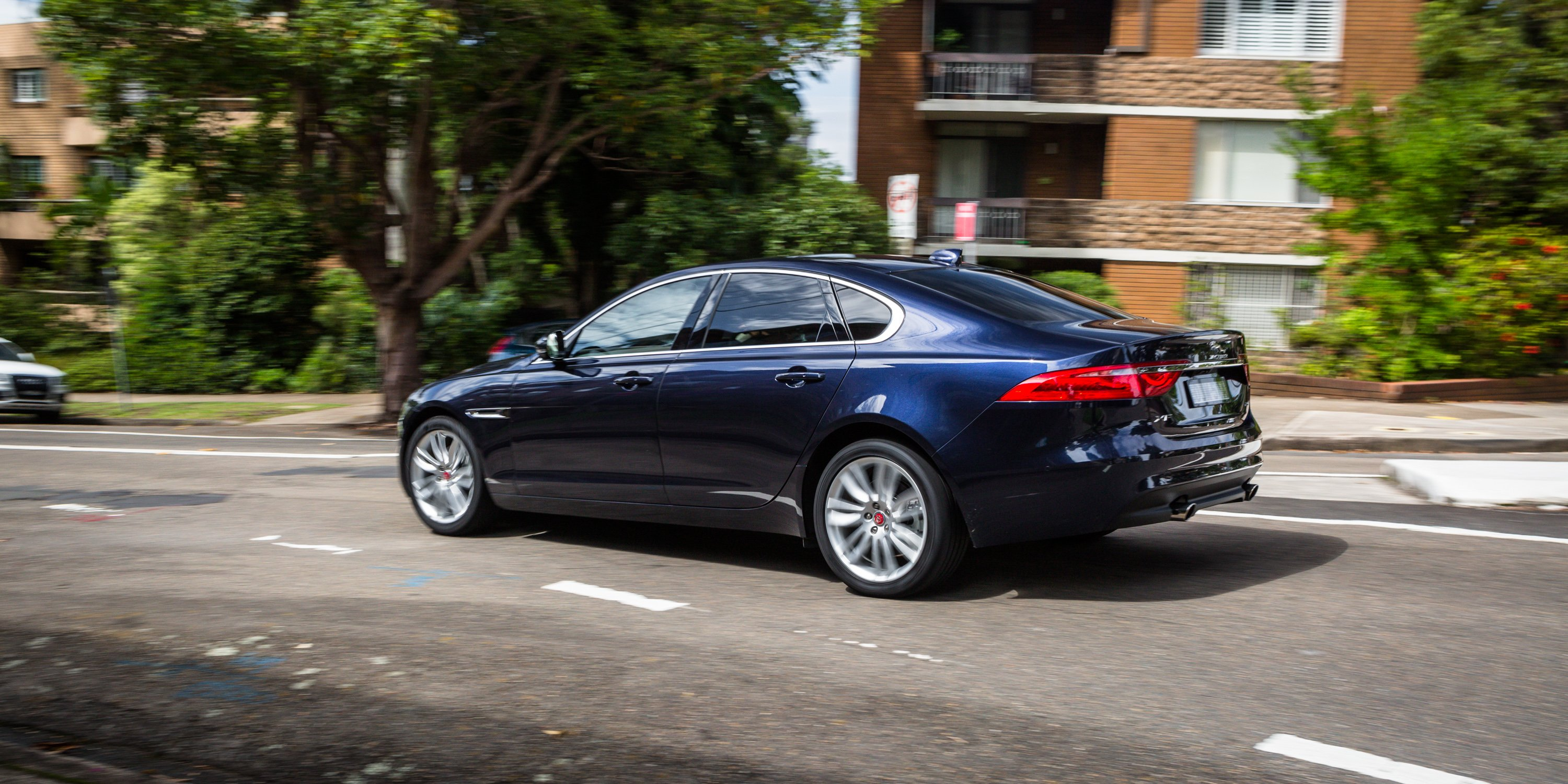 2017 Jaguar Xf Portfolio 25t Review Photos Caradvice