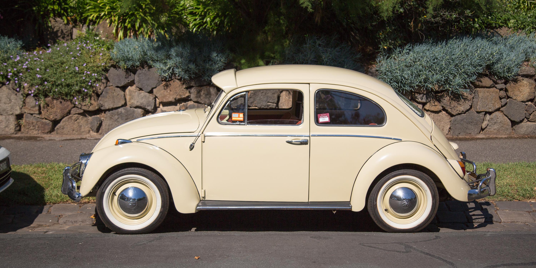 volkswagen beetle old v new 1965 v 2017 photos