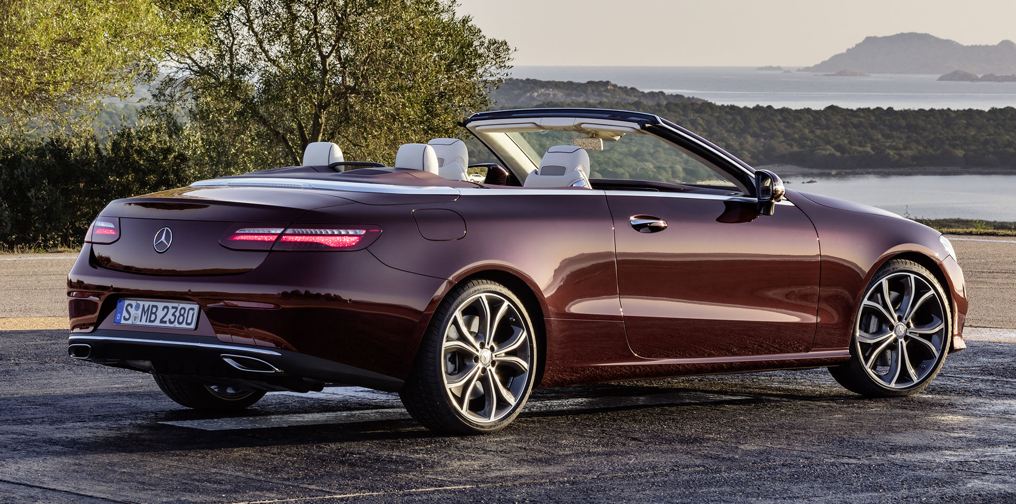 2017 Mercedes Benz E Class Cabriolet Revealed Photos