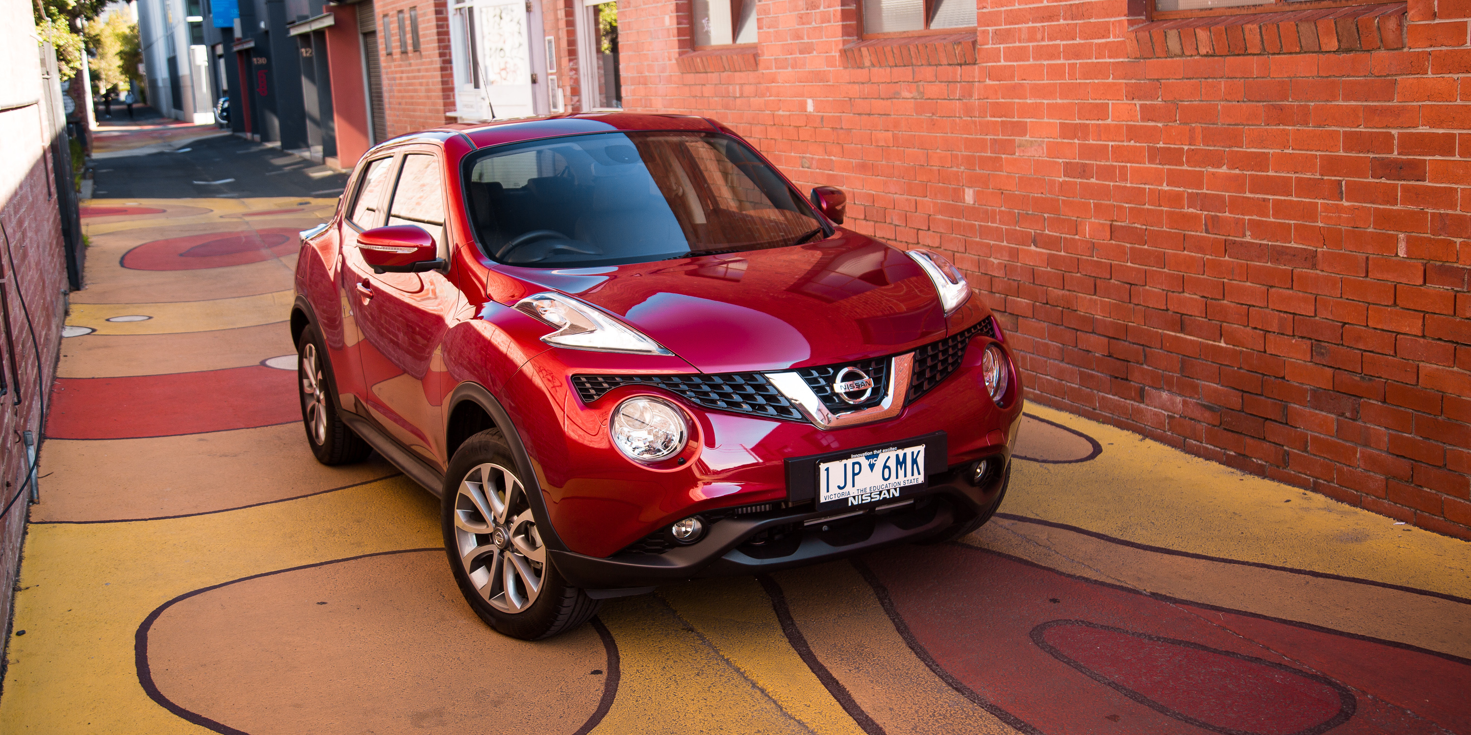 2017 Nissan Juke Ti-S AWD review - photos | CarAdvice