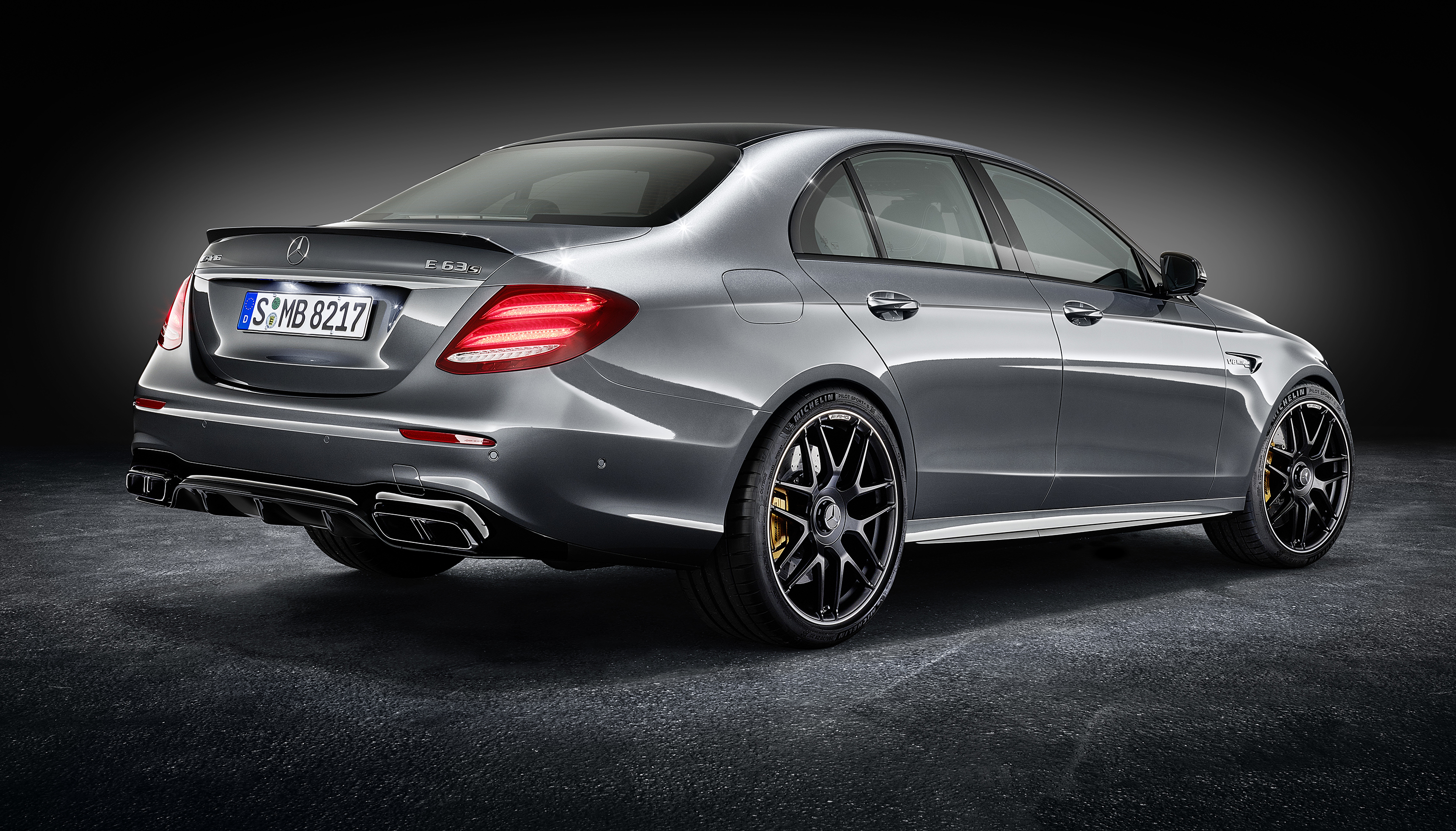 2017 Mercedes-AMG E63, E63 S pricing and specs - photos | CarAdvice