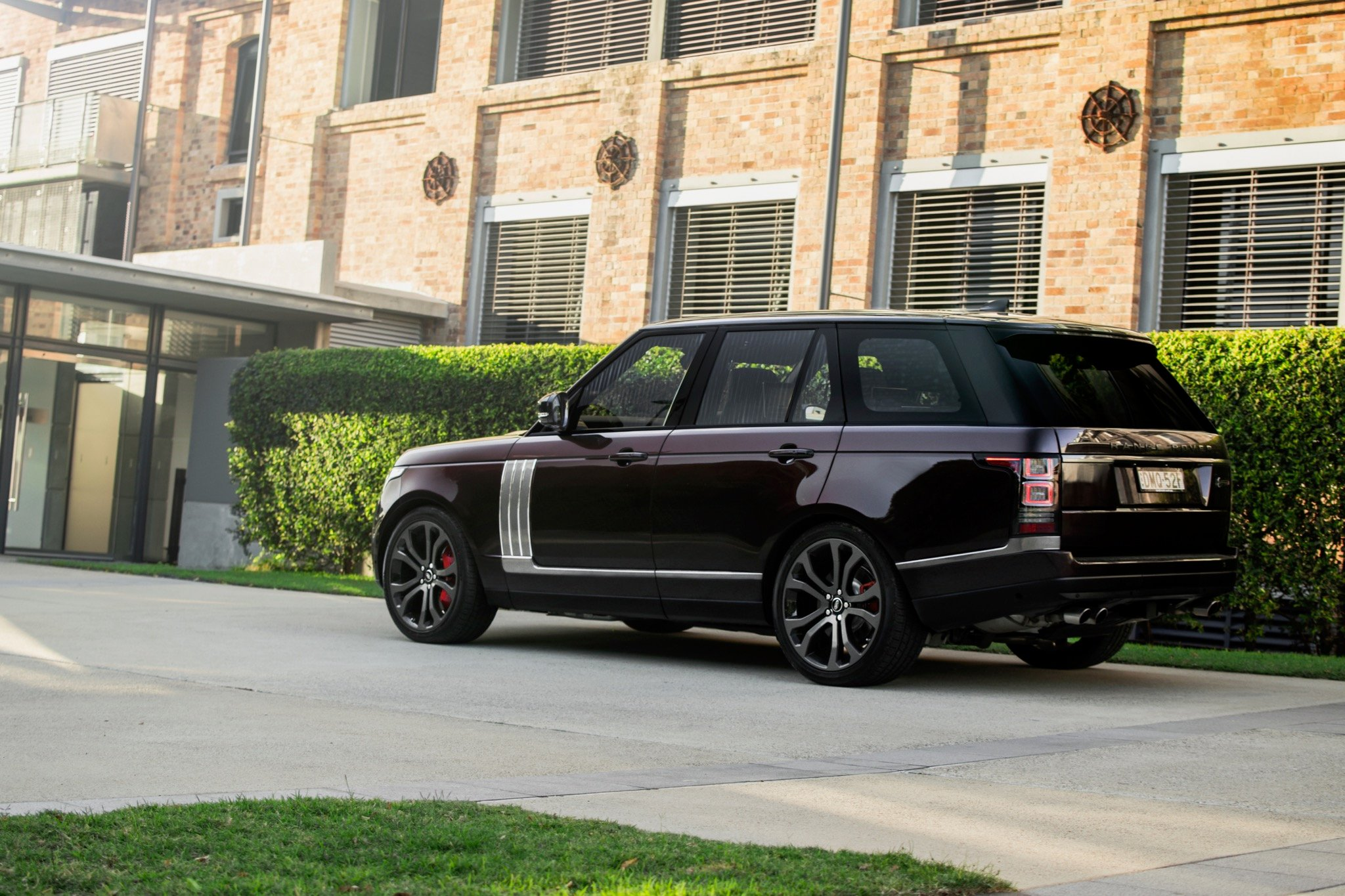 2017 range rover sv autobiography dynamic review caradvice. Black Bedroom Furniture Sets. Home Design Ideas