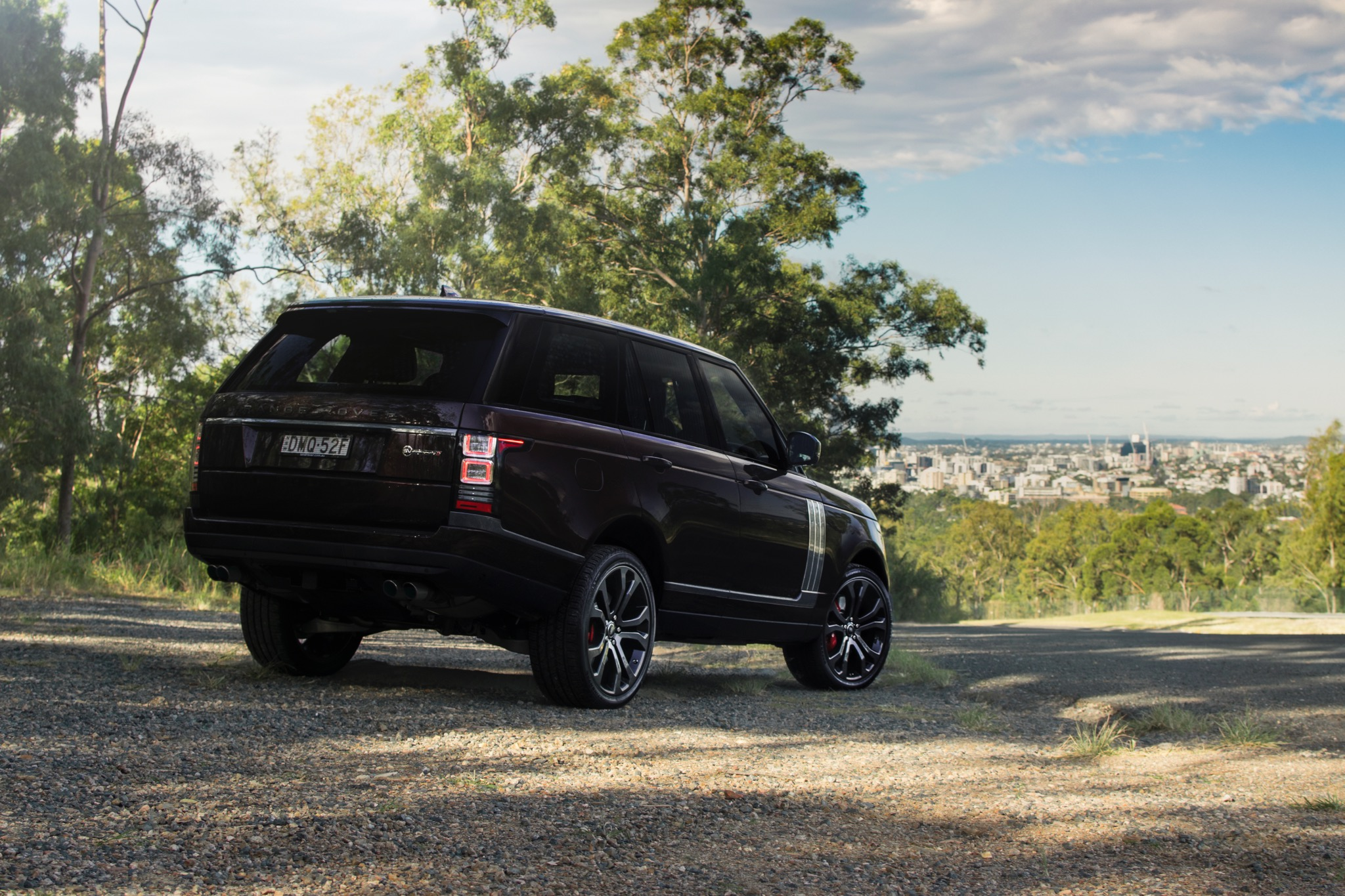 2017 range rover sv autobiography dynamic review photos caradvice. Black Bedroom Furniture Sets. Home Design Ideas