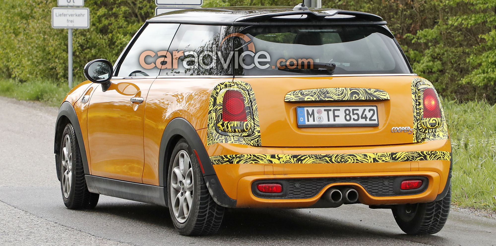 2018 Mini hatch and convertible update spied - photos ...