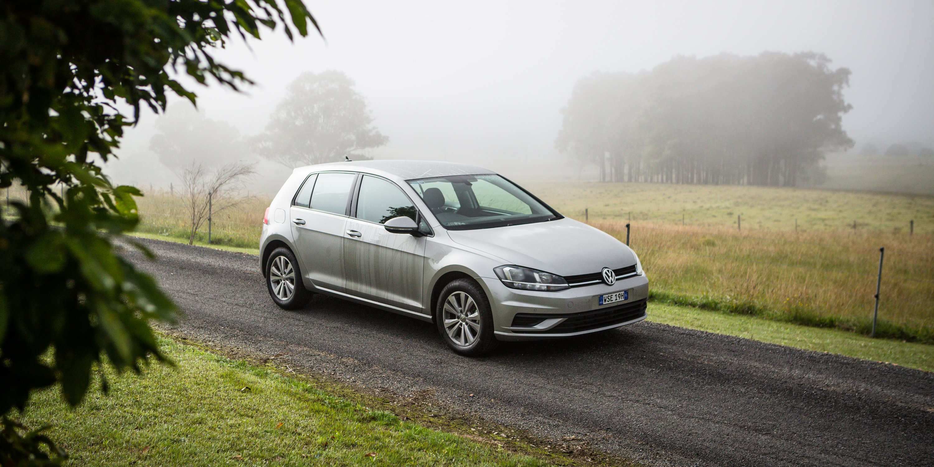 2017 Volkswagen Golf 110TSI Trendline review - photos ...