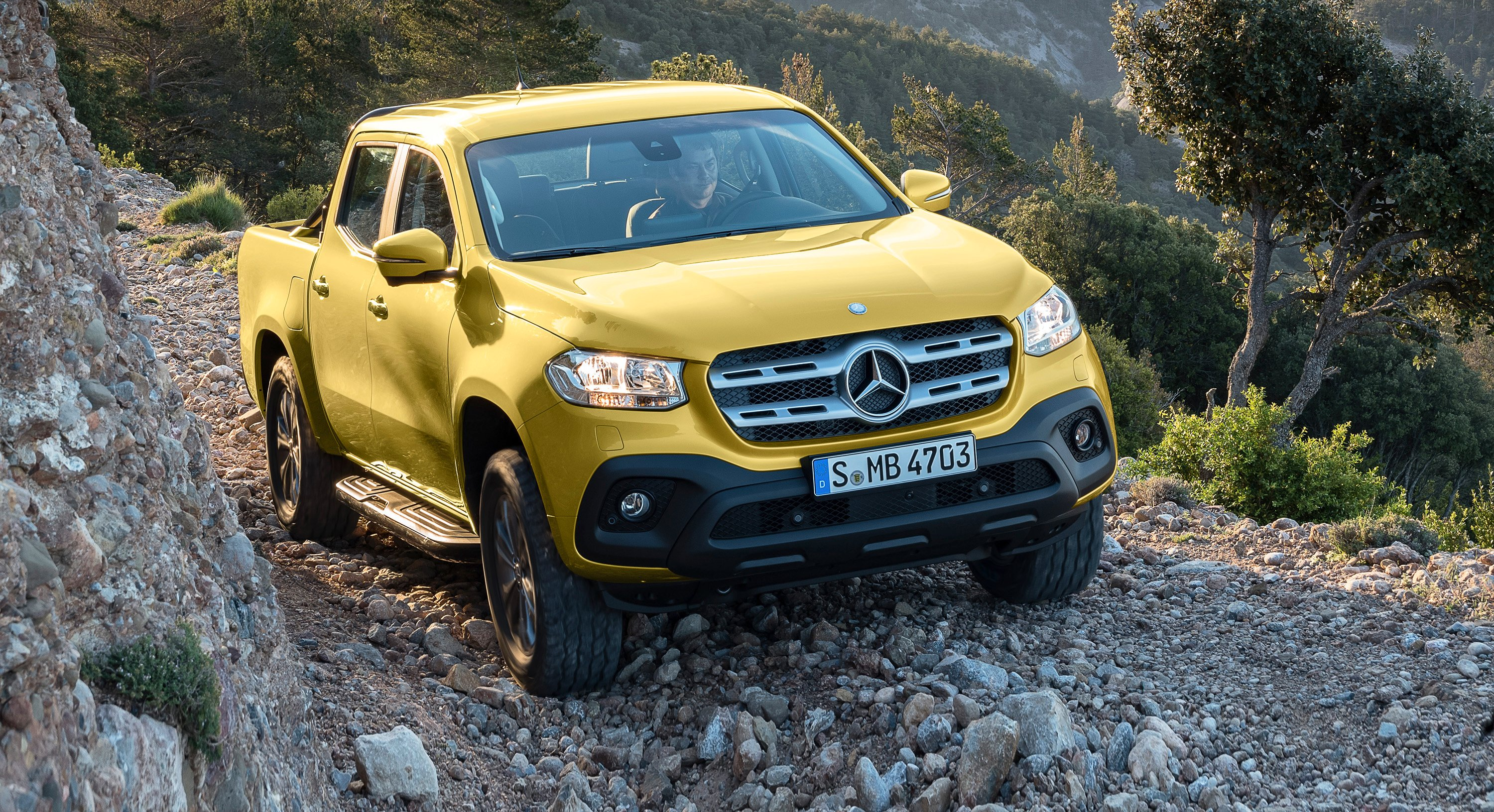 2018 mercedes benz x class revealed photos. Black Bedroom Furniture Sets. Home Design Ideas