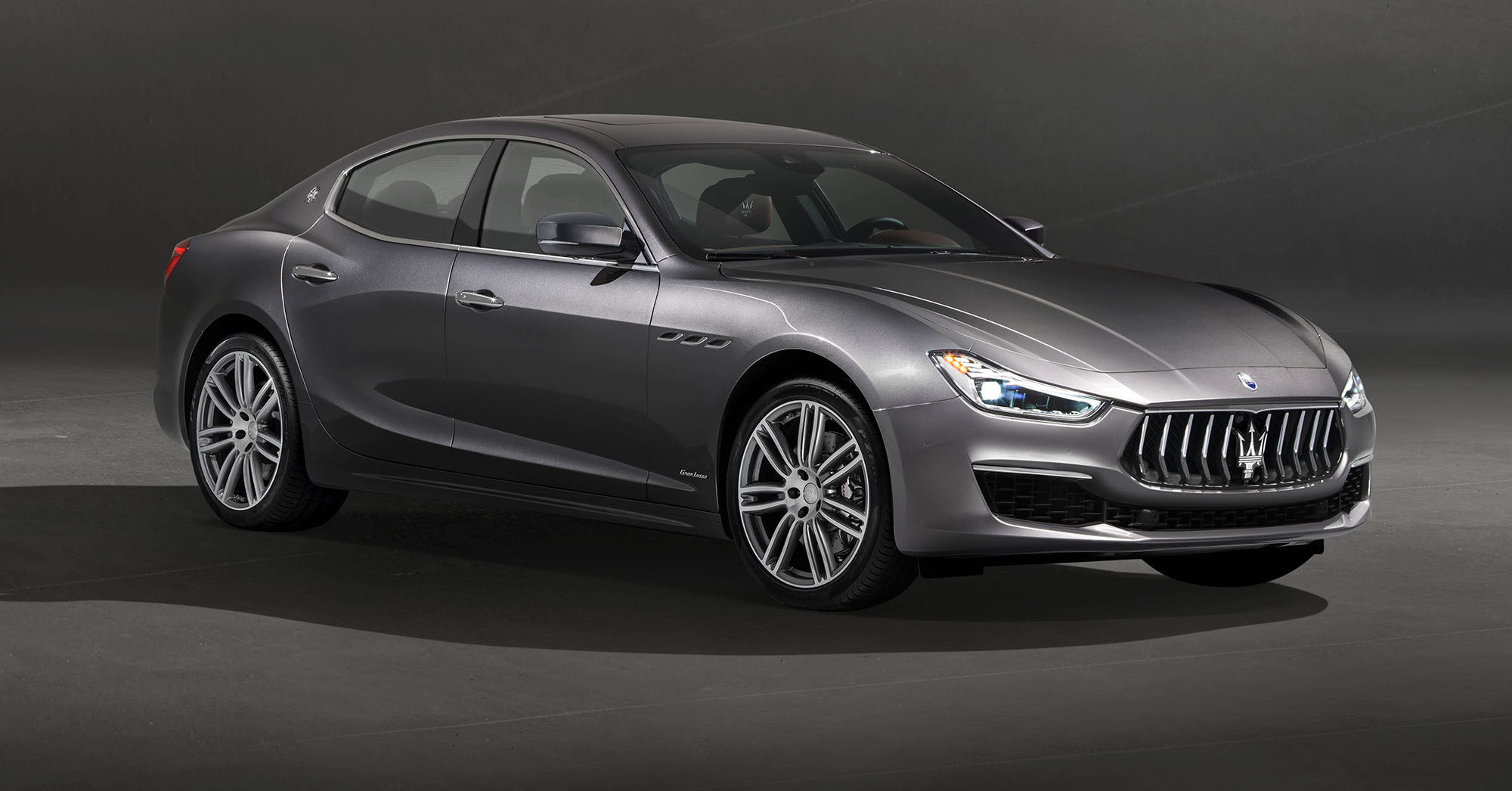 2018 Maserati Ghibli GranLusso, GranSport: Refreshed Sedan