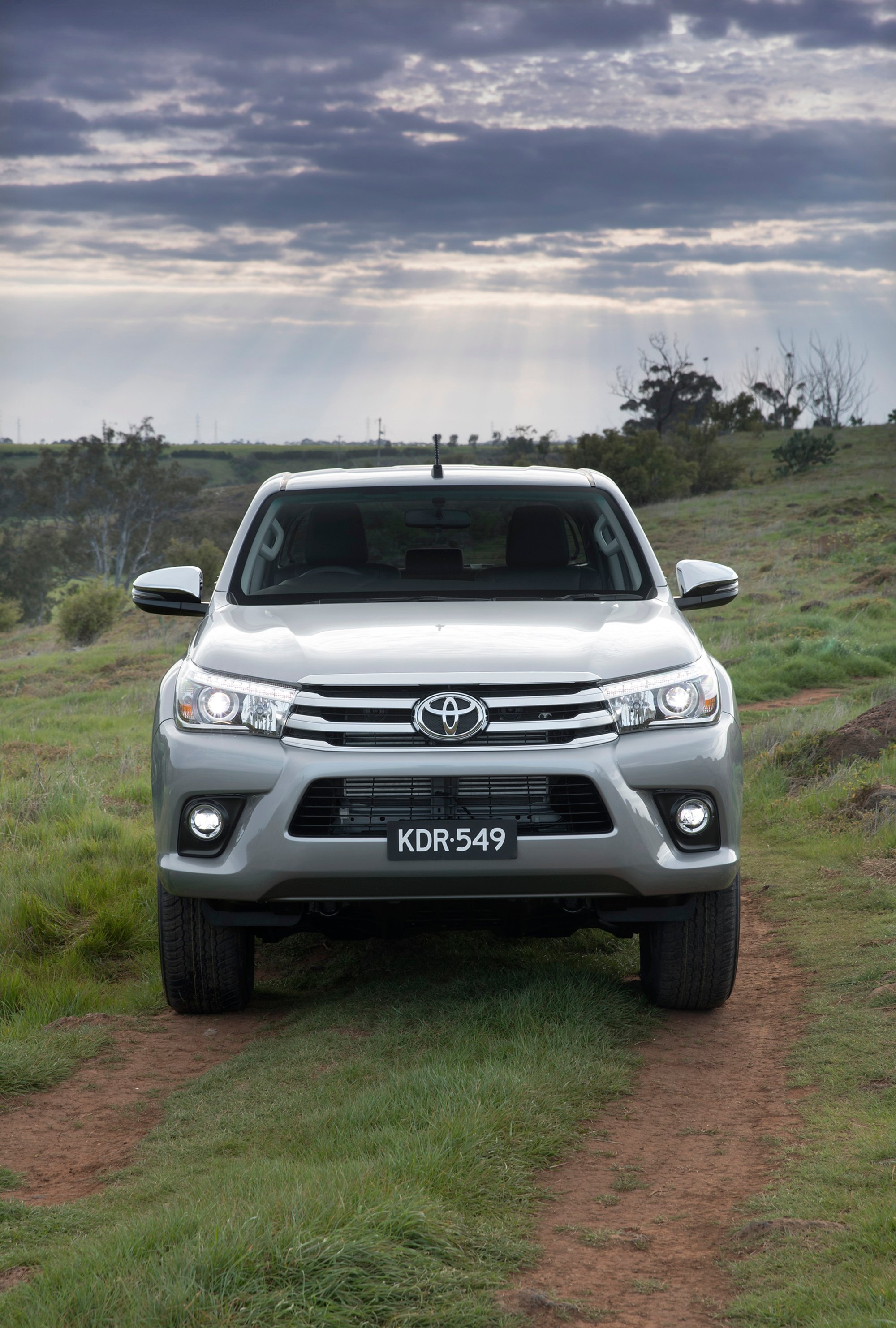 2018 Toyota Hilux Pricing And Specs Photos 1 Of 8