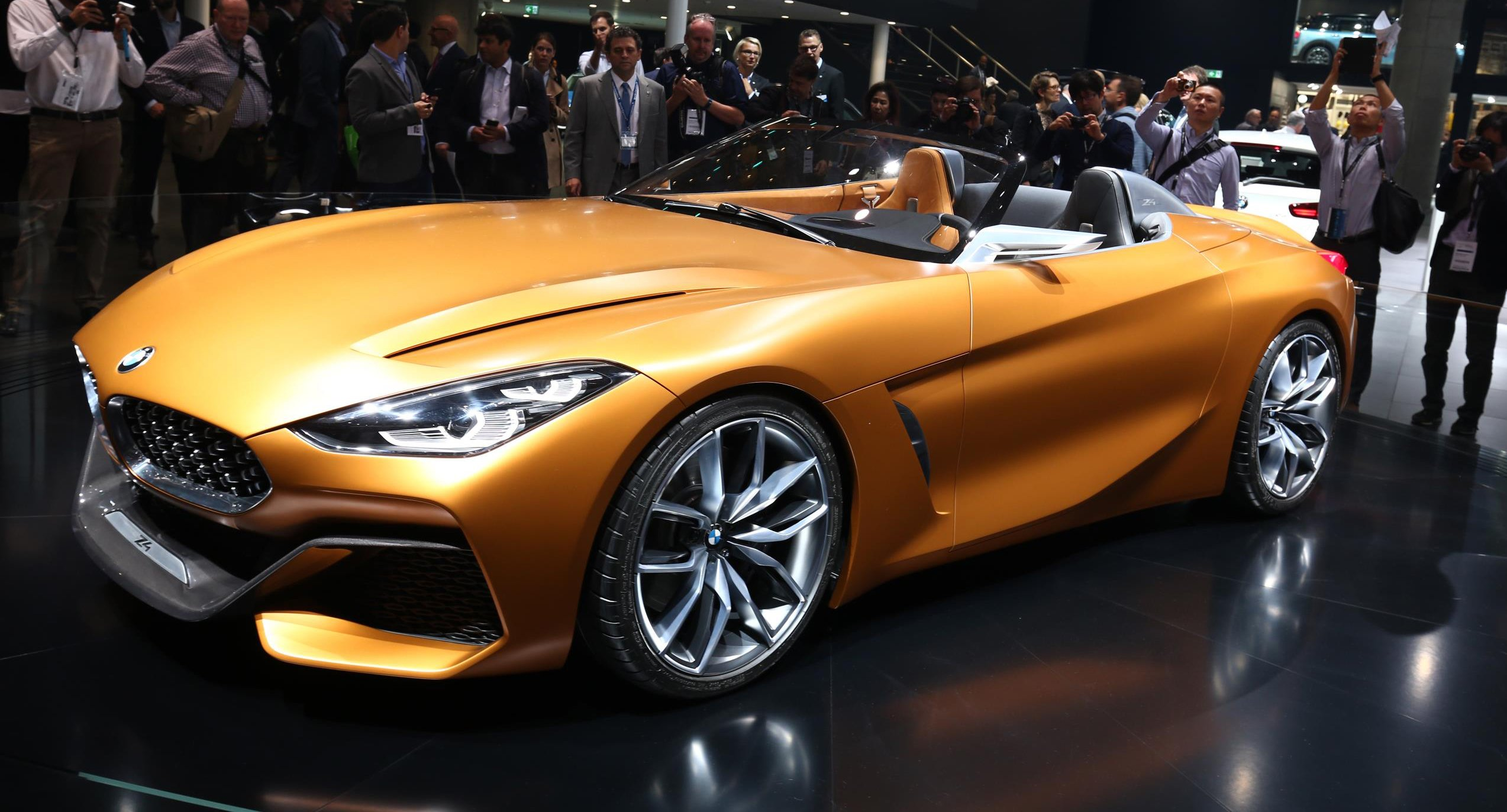 2019 Bmw Z4 Won T Drive Anything Like The Toyota Supra Bmw Boss Says Photos