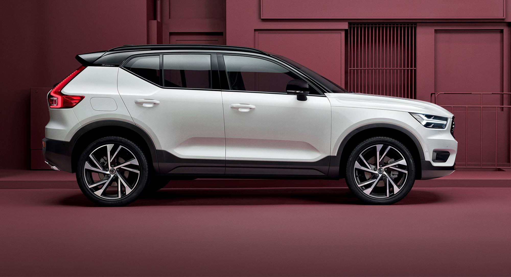 Subaru Older Models >> 2018 Volvo XC40 revealed - photos | CarAdvice