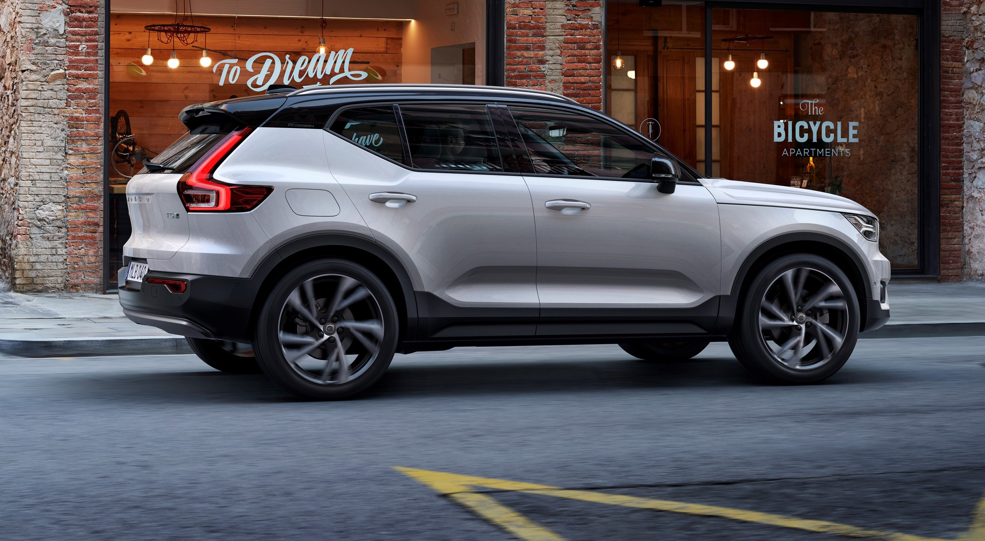 2018 Volvo XC40 revealed - photos | CarAdvice