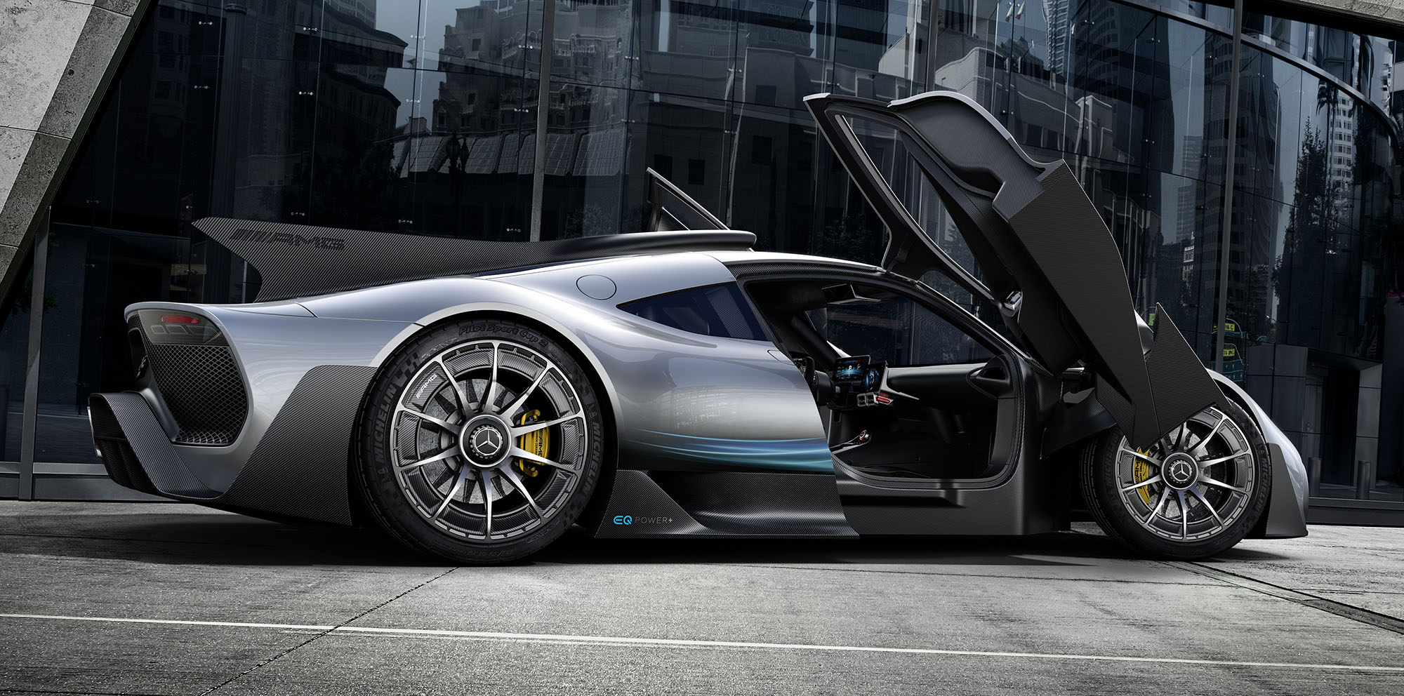 mercedes amg project one revealed f1 car for the road. Black Bedroom Furniture Sets. Home Design Ideas