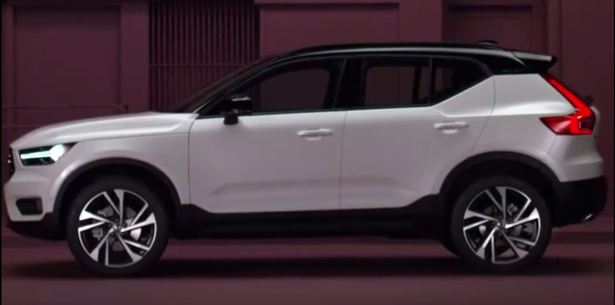 2018 Volvo Xc40 Accidentally Revealed A Week Early Photos Caradvice