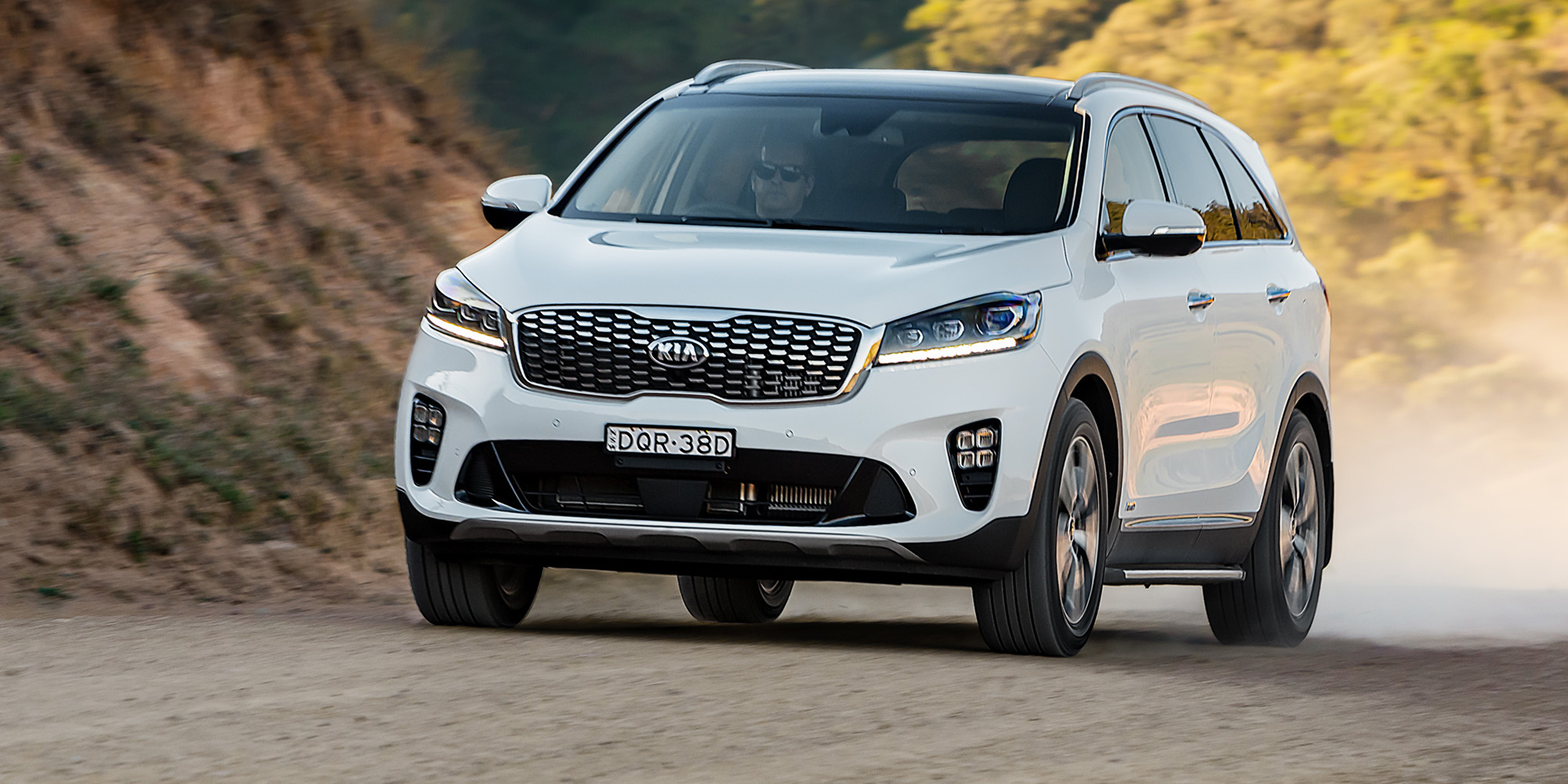2018 kia sorento pricing and specs photos. Black Bedroom Furniture Sets. Home Design Ideas