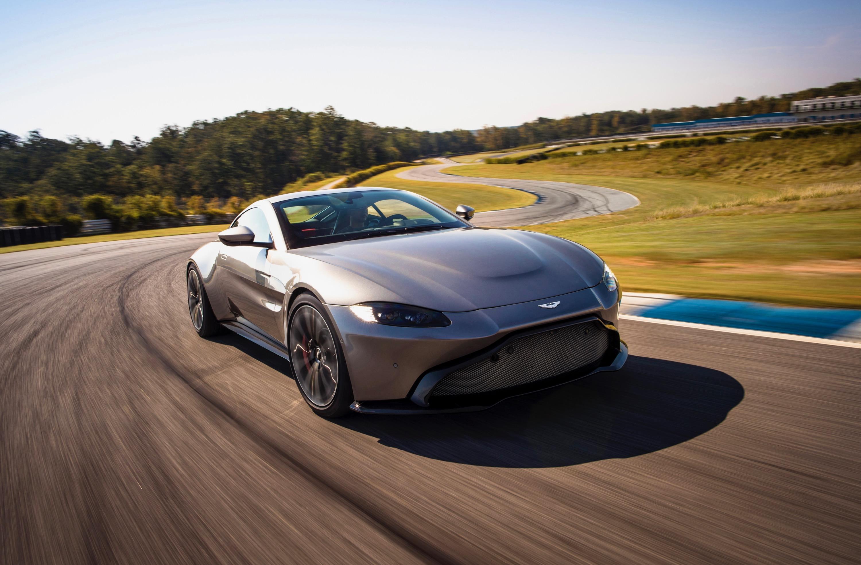 Toyota Official Site >> 2018 Aston Martin Vantage revealed: Exclusive video tour - Photos