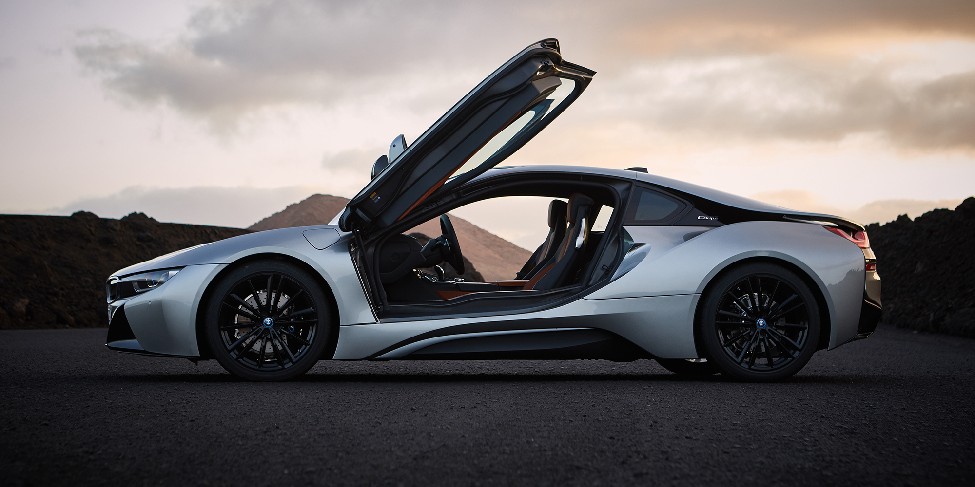2018 BMW i8 Coupe revealed for Detroit - Photos