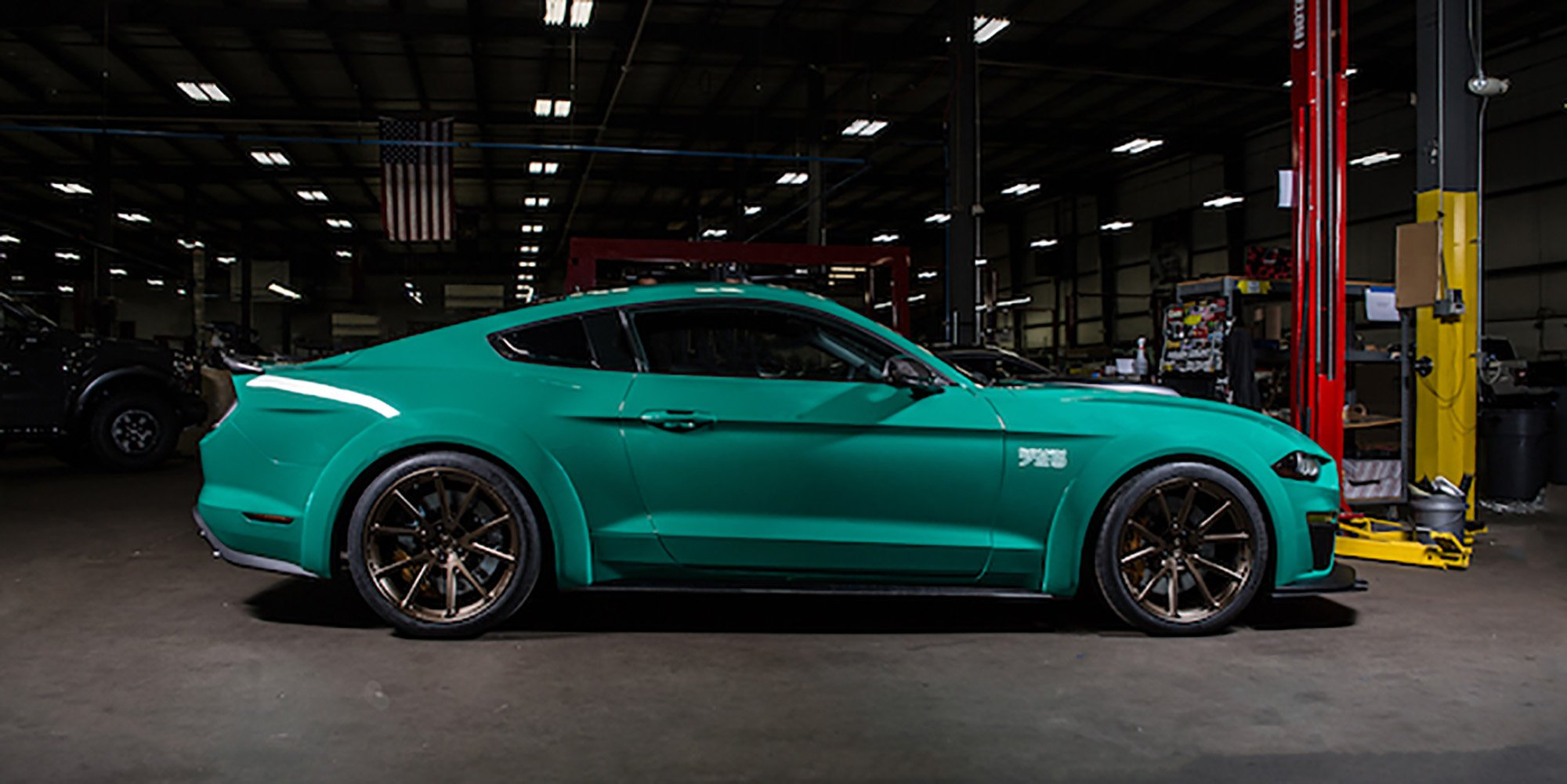 2018 Ford Mustang Roush 729 Makes La Debut Photos 1 Of 4