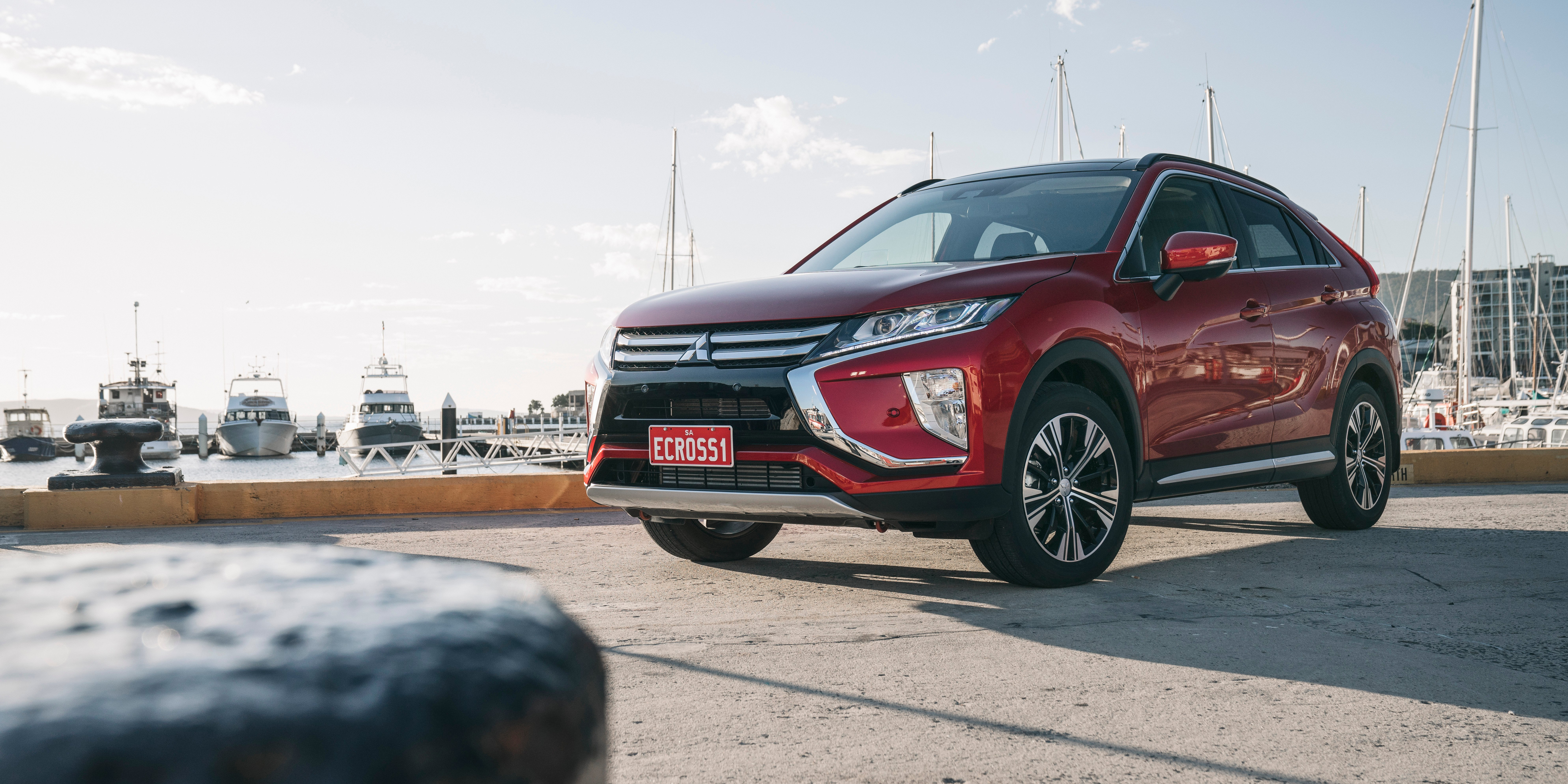 2018 Mitsubishi Eclipse Cross pricing and specs - Photos ...