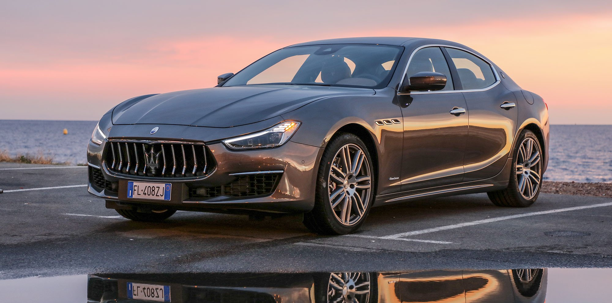 2018 maserati ghibli pricing and specifications photos