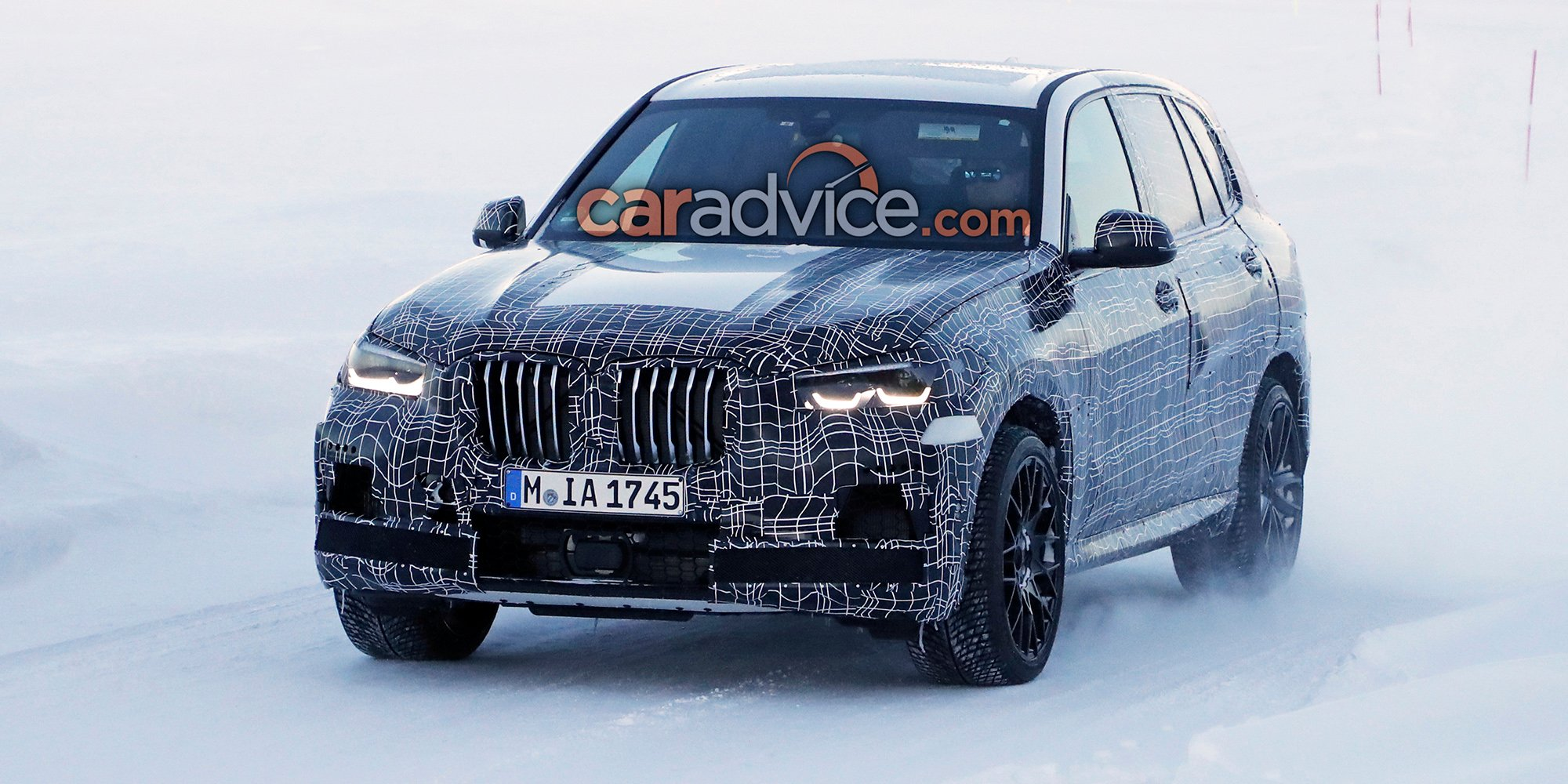 2019 bmw x5 m spied photos. Black Bedroom Furniture Sets. Home Design Ideas
