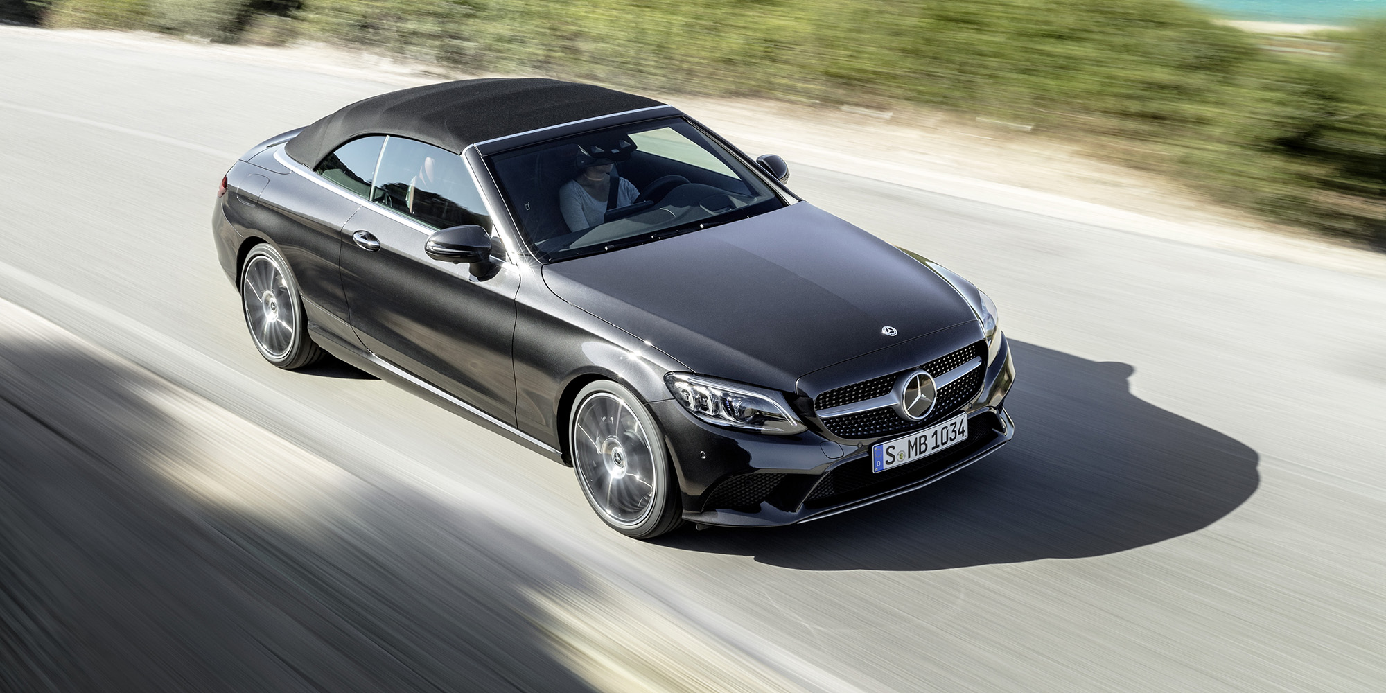 2018 mercedes benz c class coupe and cabriolet revealed for Mercedes benz photos